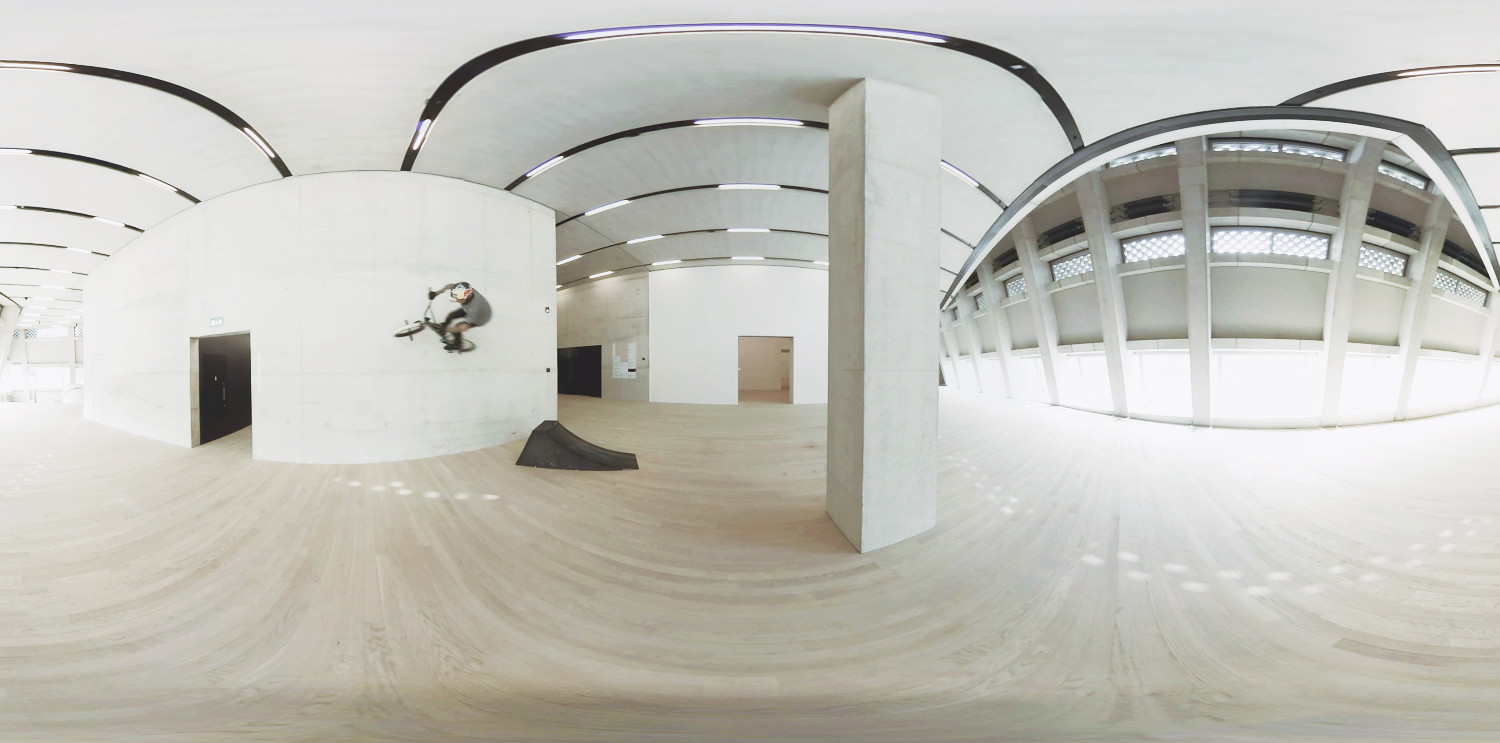 THE TATE - Tour The Tate Modern's new gallery wing with BMX pro Kris Kyle