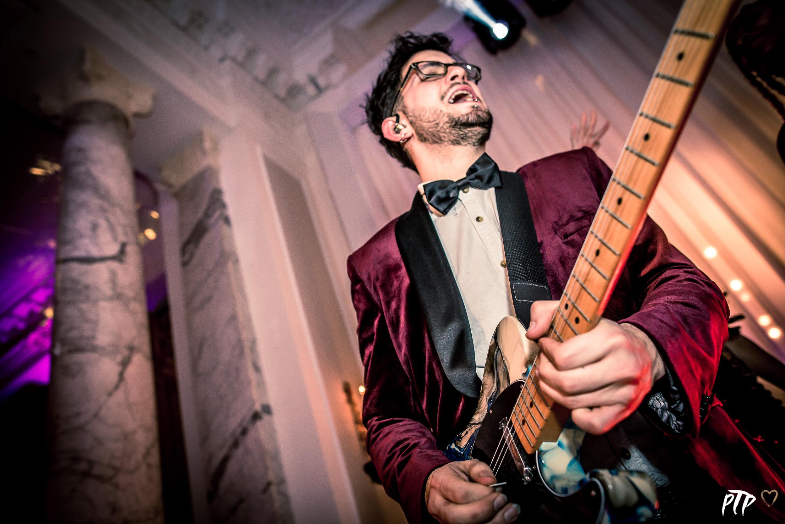 Luca - Guitar