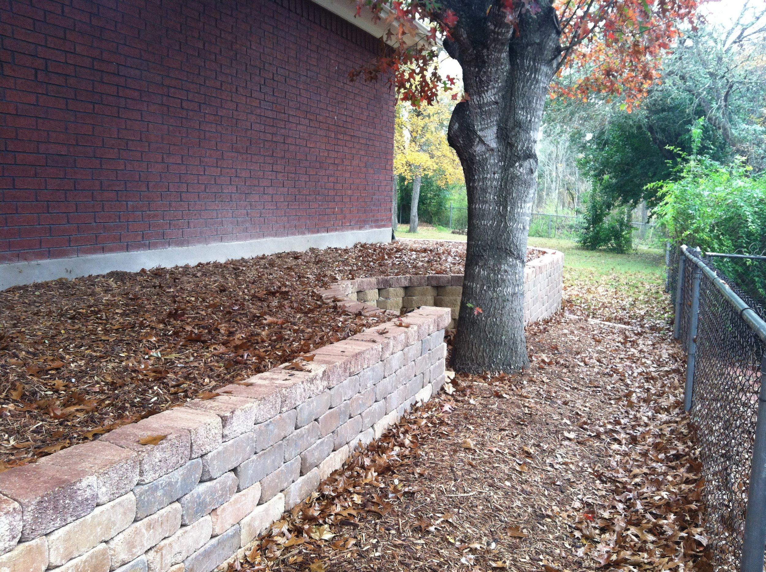 paver retaining wall 2.jpg