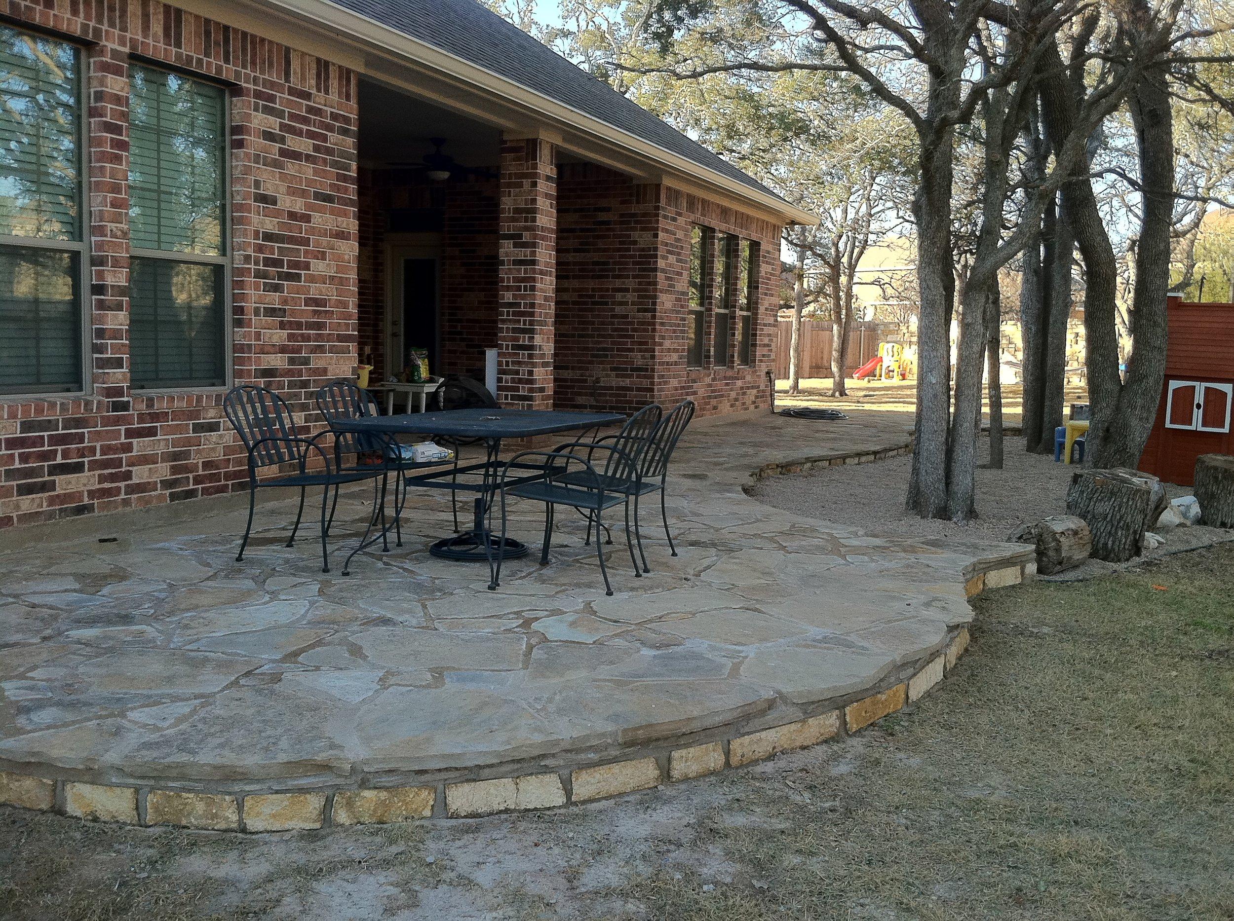 flagstone patio_circle c.jpg