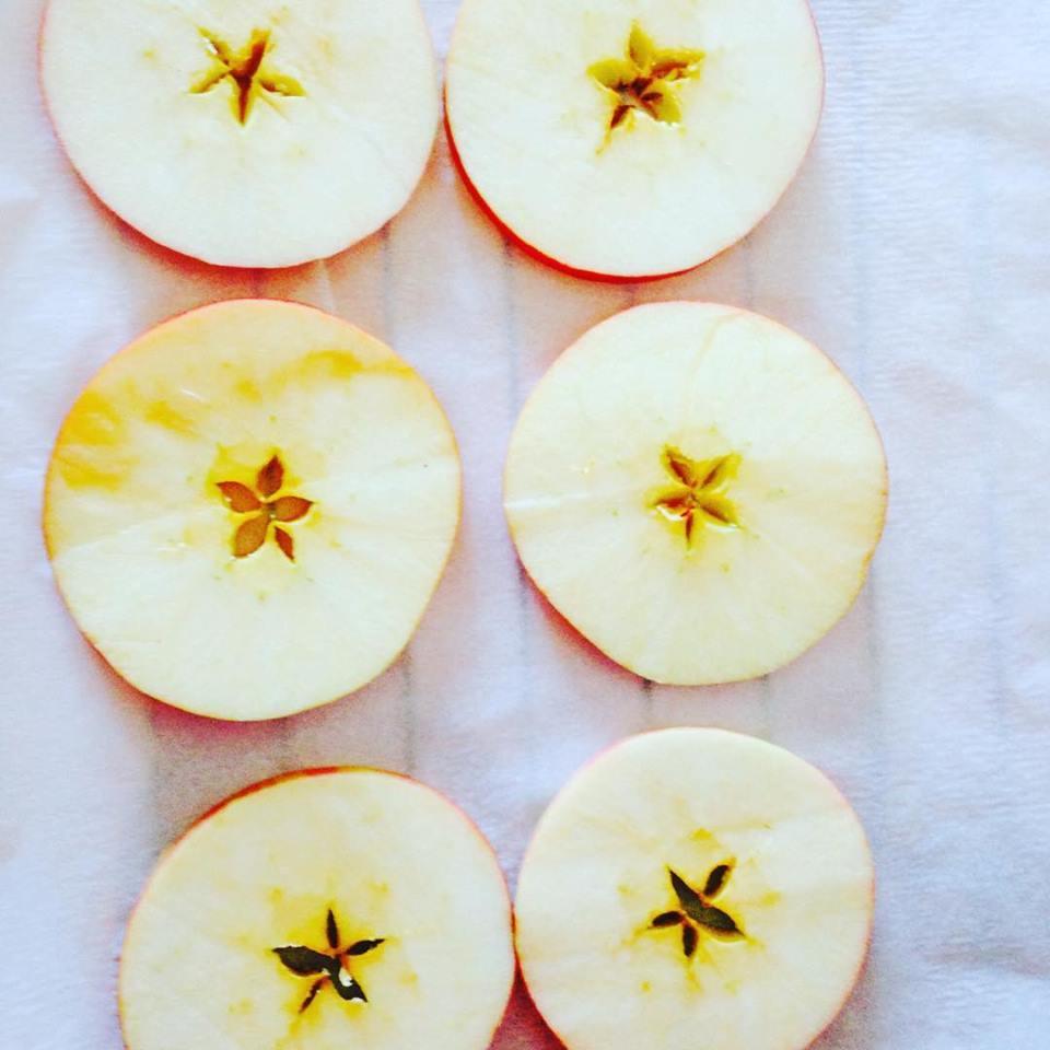 home made apple crisps.jpg