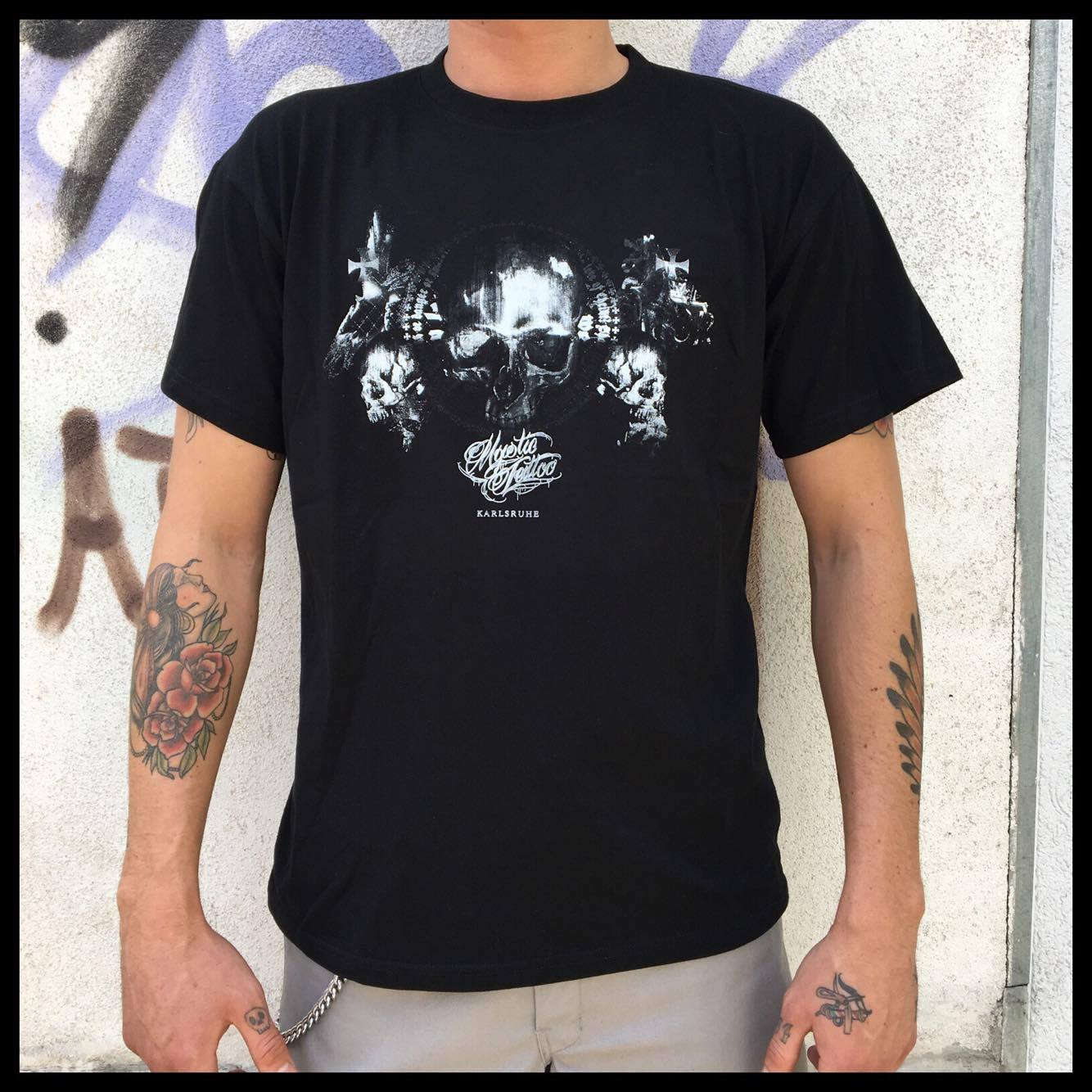 Men Shirt V Neck, Siebdruck S / M / L / XL / XXL - Preis 20 €