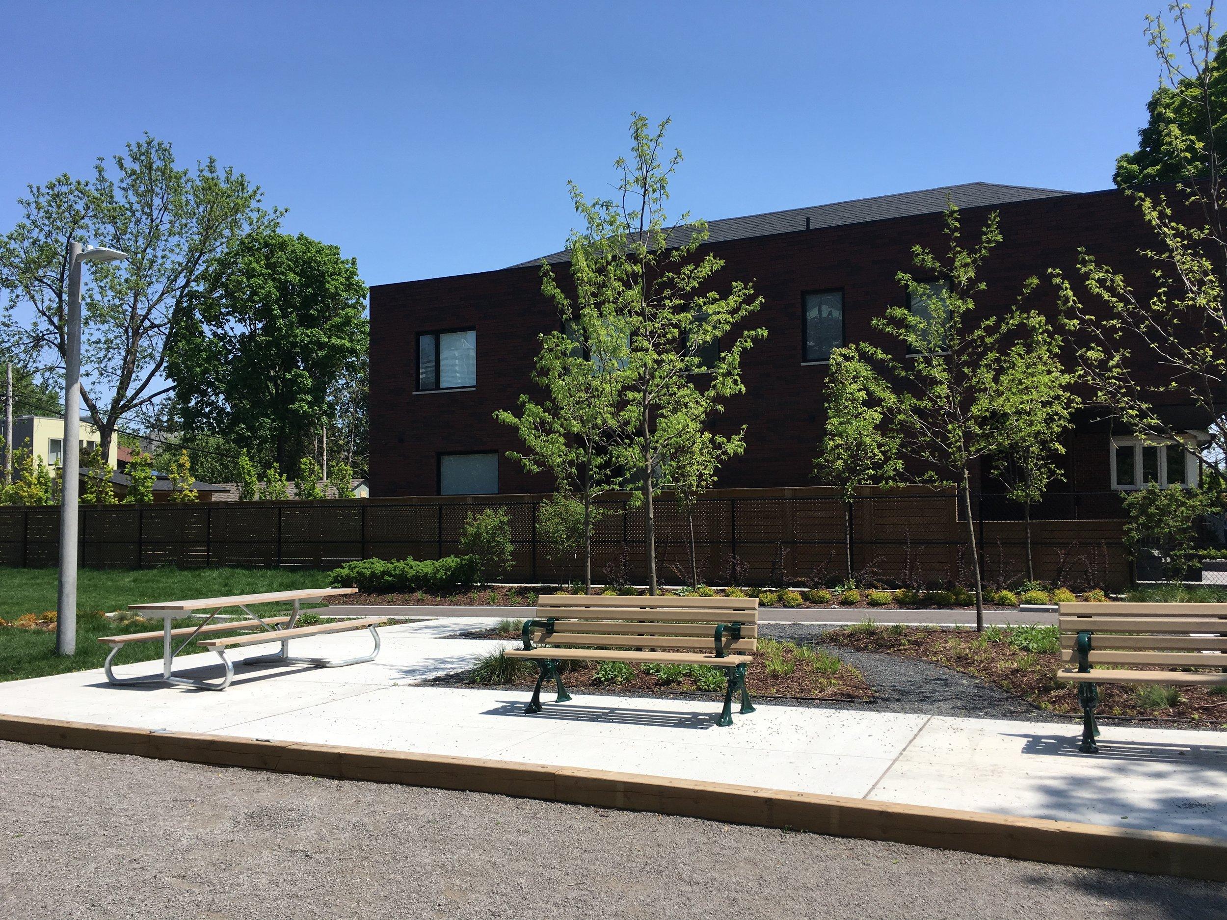 manor-community-green-02.JPG