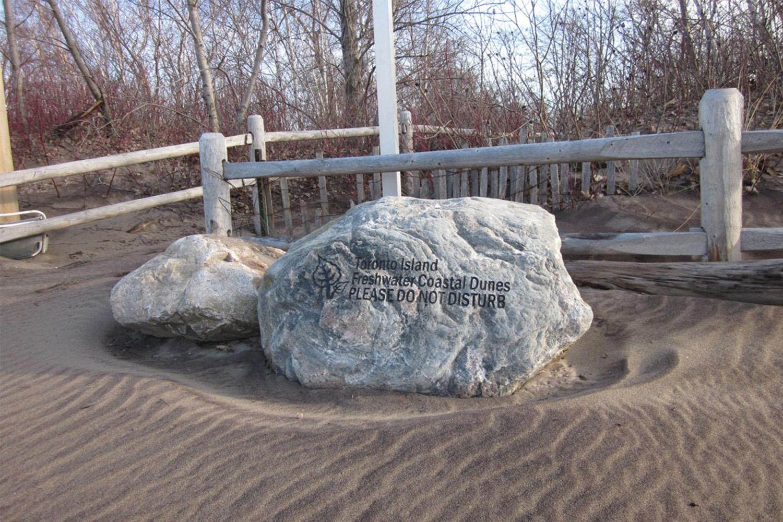 to-islands-sand-dunes-01.jpg