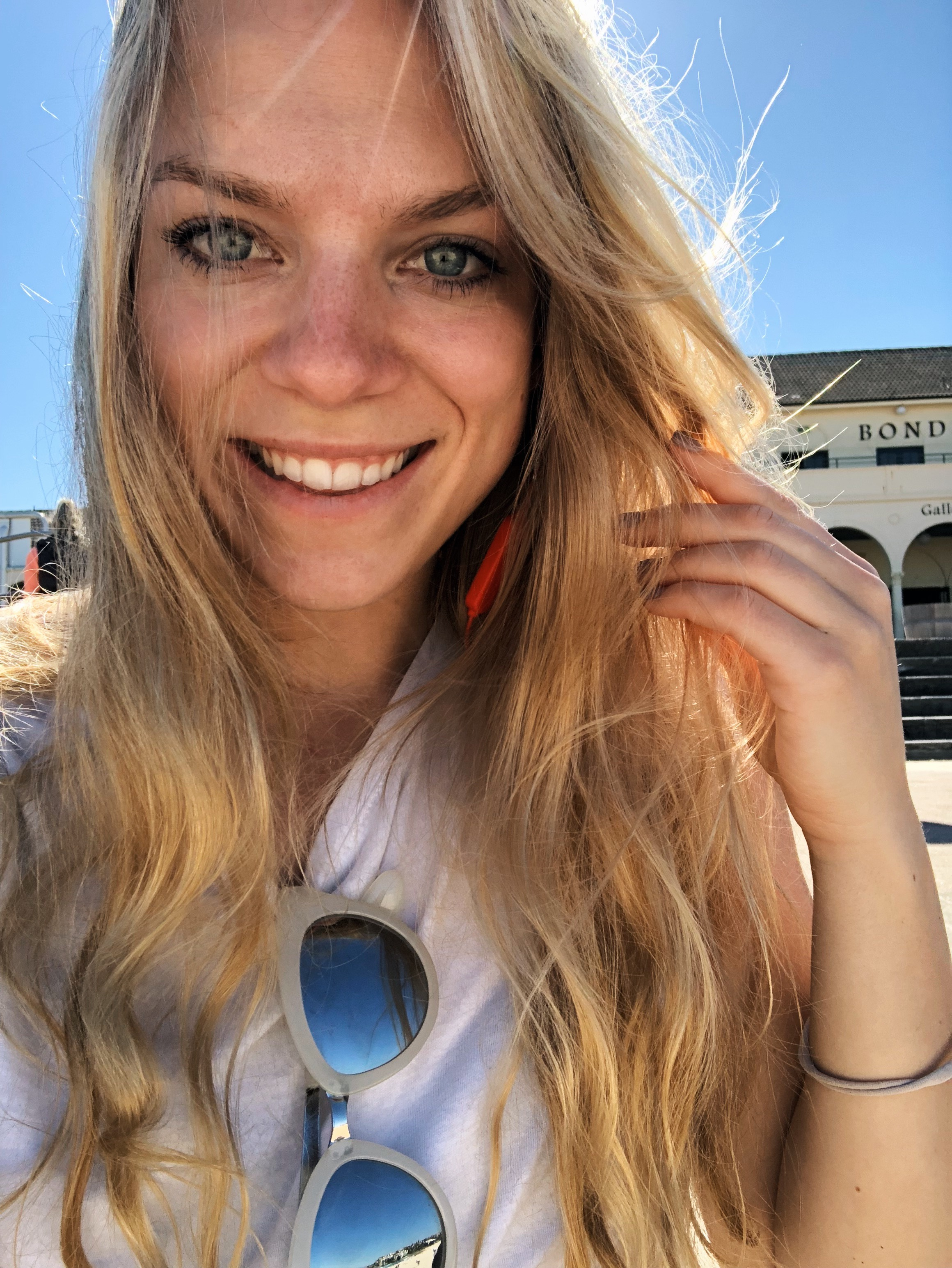 Meet our VP! - Julia Arhammar has worked with Bag-all from the very beginning. She is now Bag-alls Vice President and travels around the world launching our brand in new markets. Literally no one can pack more like a pro. Get her best travel tips and hacks here!