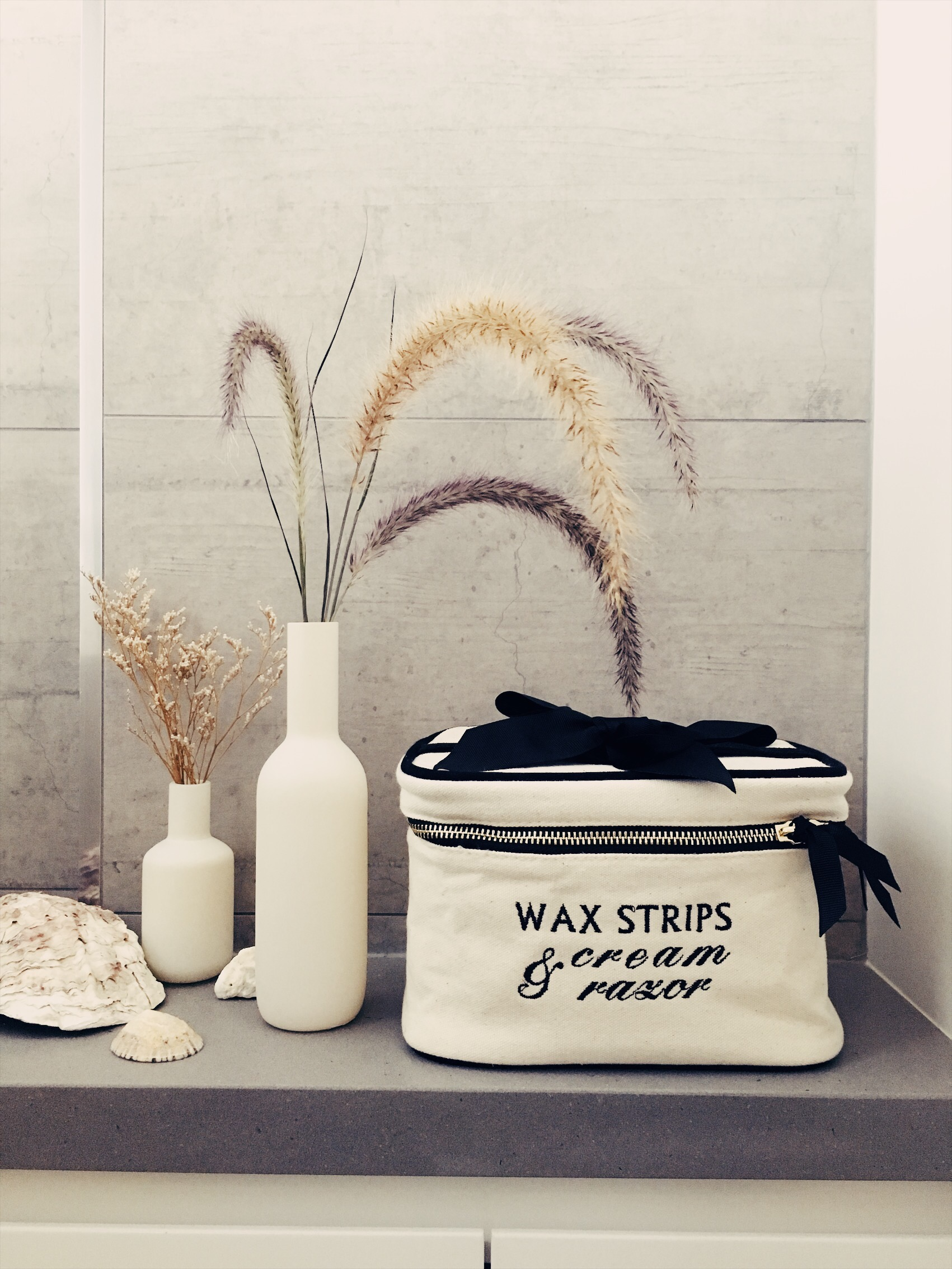 blank beauty box small mood bag-all. (1).JPG