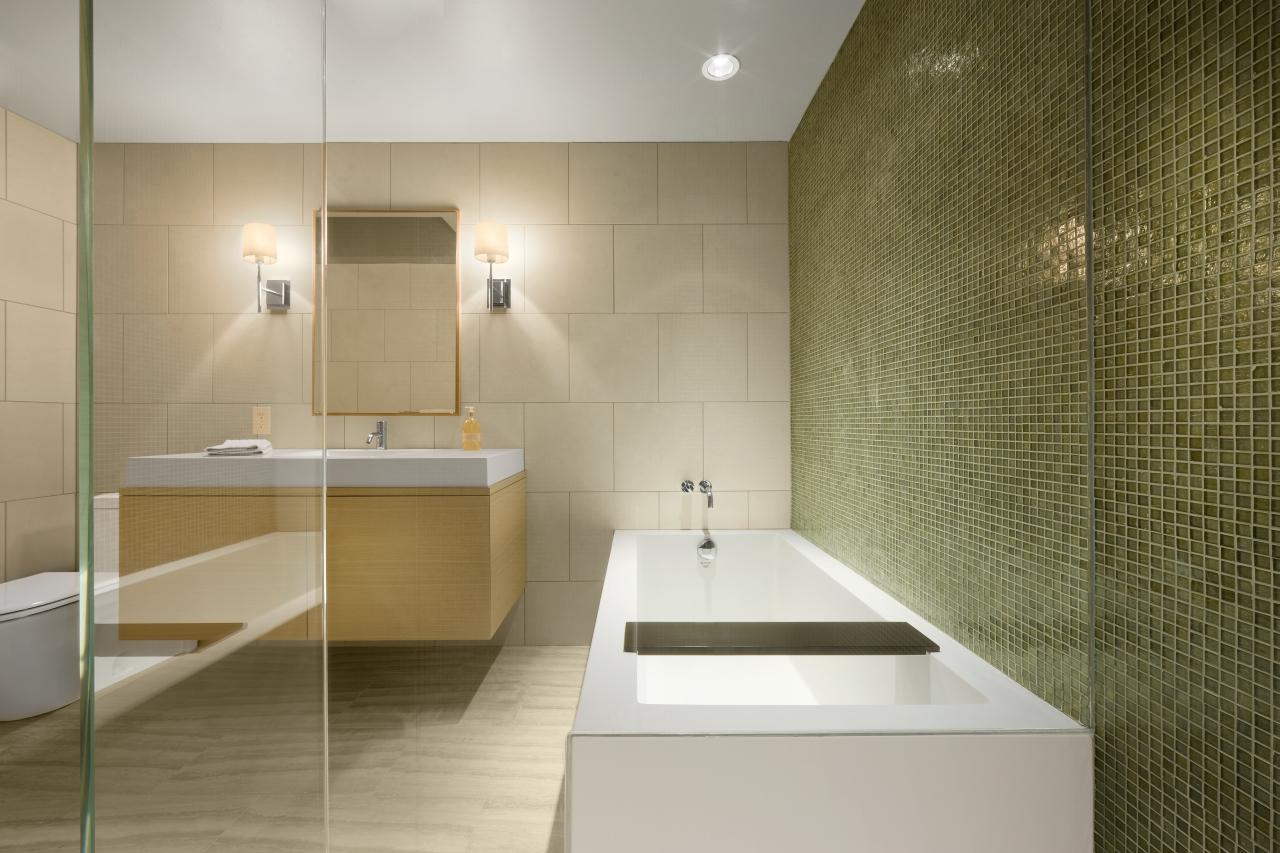 Bath 02.jpg