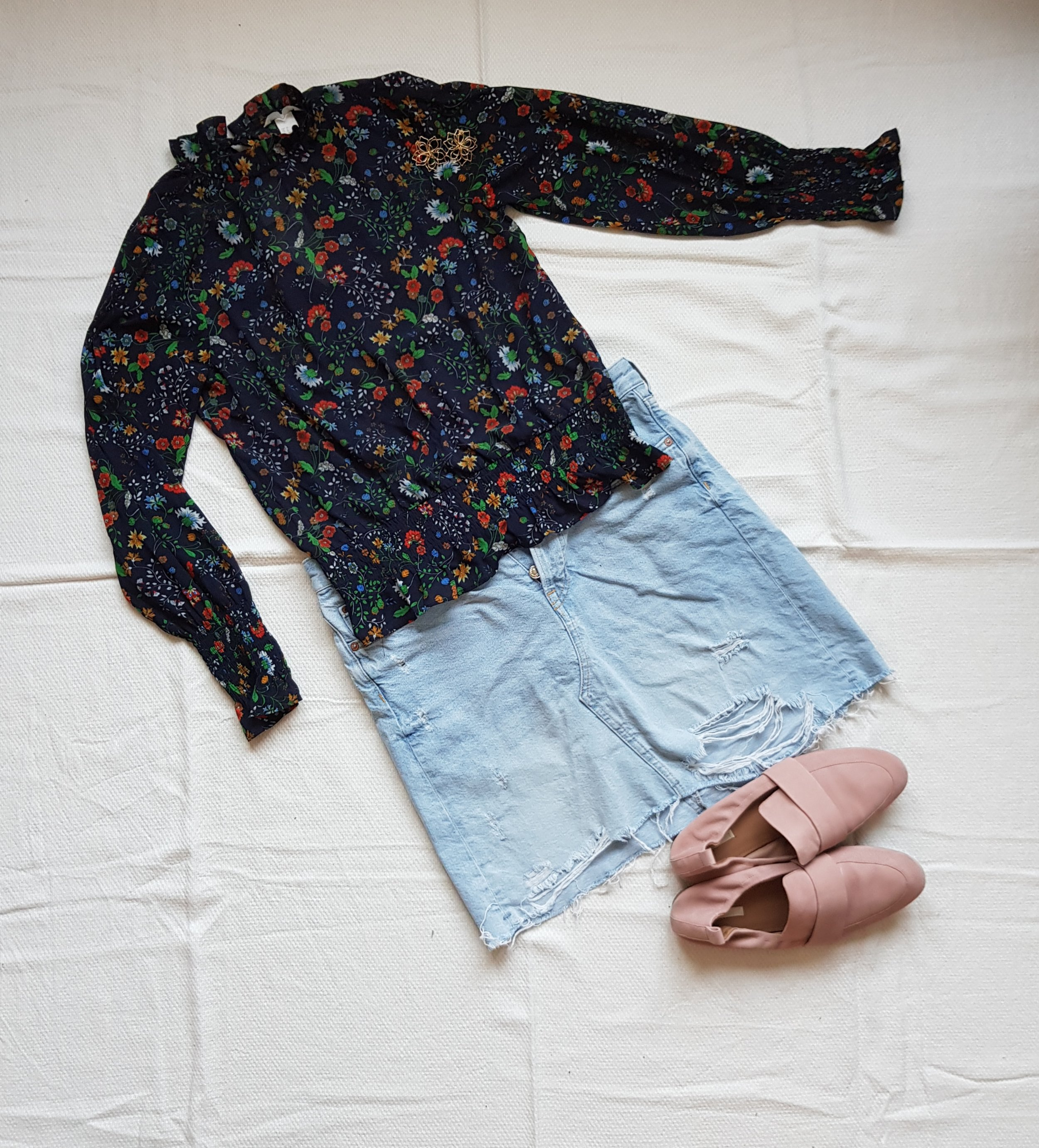 Flowers And Denim - Blouse, skirt @H&MShoes, earrings @H&M