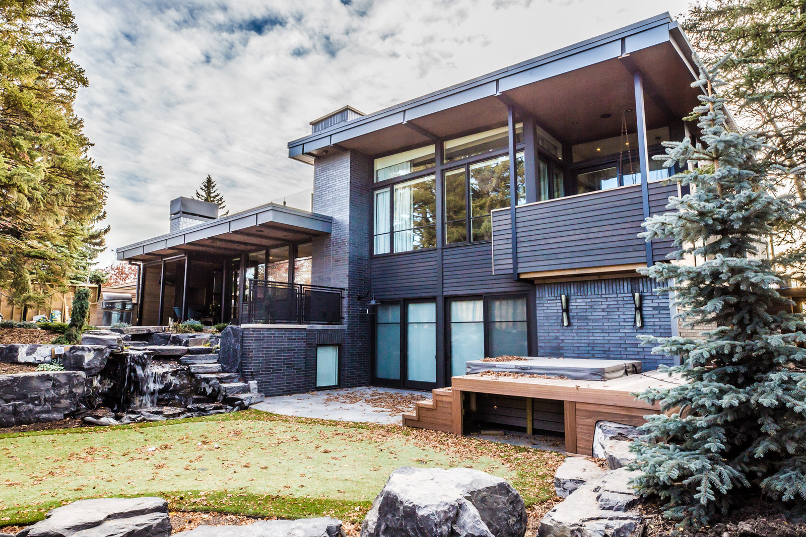 Calgary Houses-38.jpg