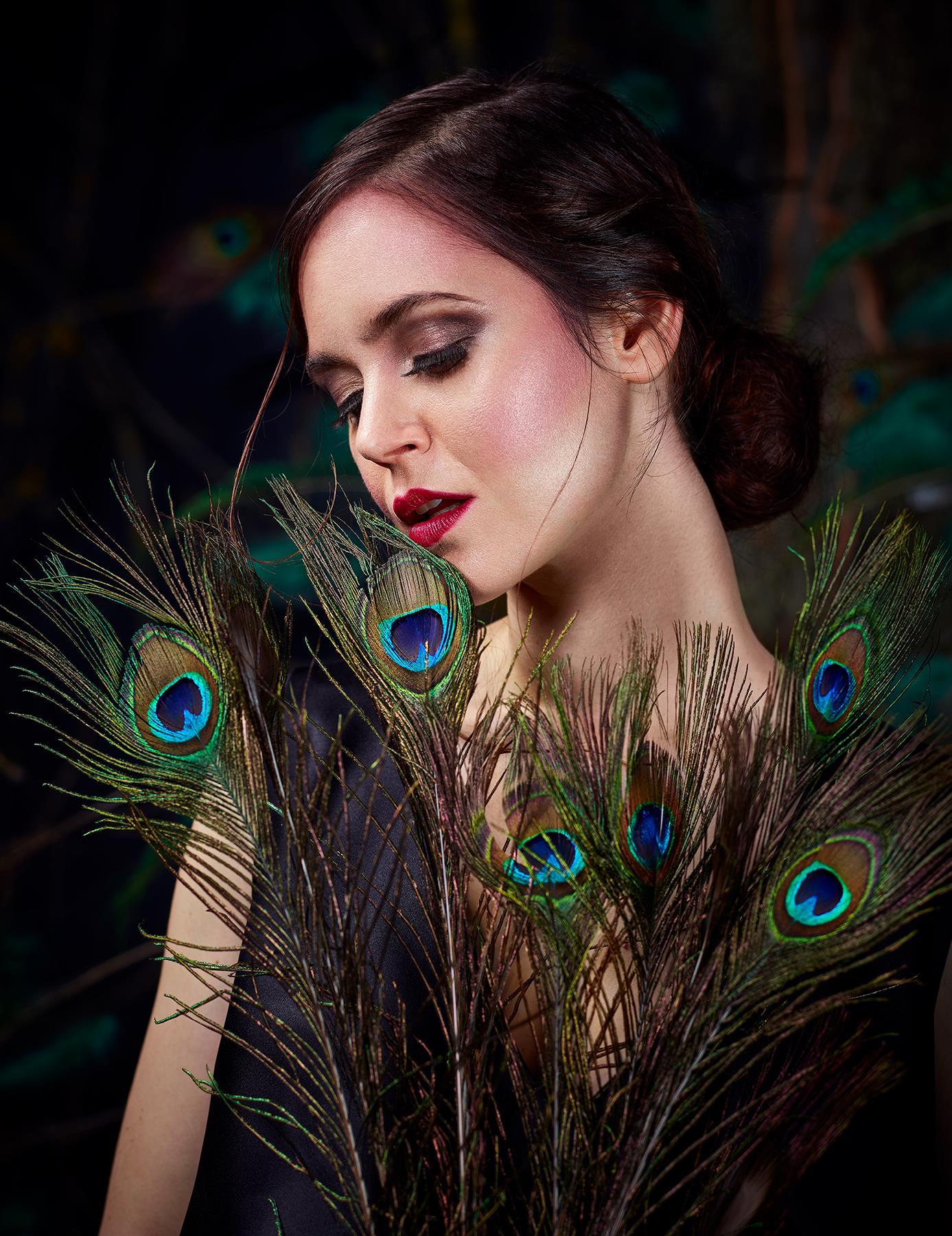 Make-up Hair : Valentina Becker  Photon : Moja | Awamumoja  Designer : Rose Palhares Candomble