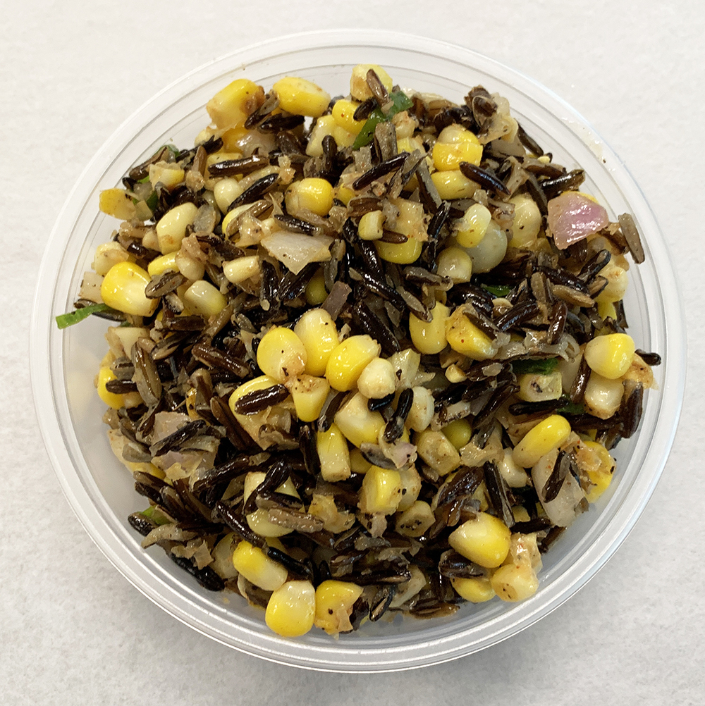 Corn and wild rice salad with onion.