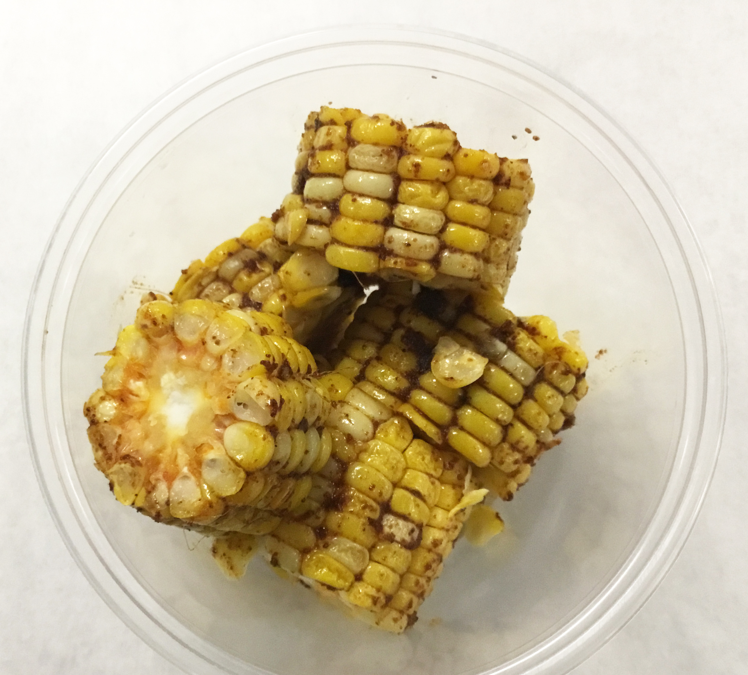 Corn on the cob baked with chili, paprika, mustard and garlic.