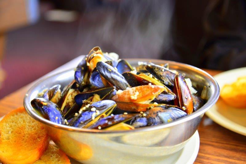 penn-cove-mussels-from-kurt-winner-reduced-image.jpg