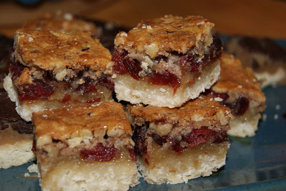 20120102 Yummy Cranberry Pecan butter tart squares