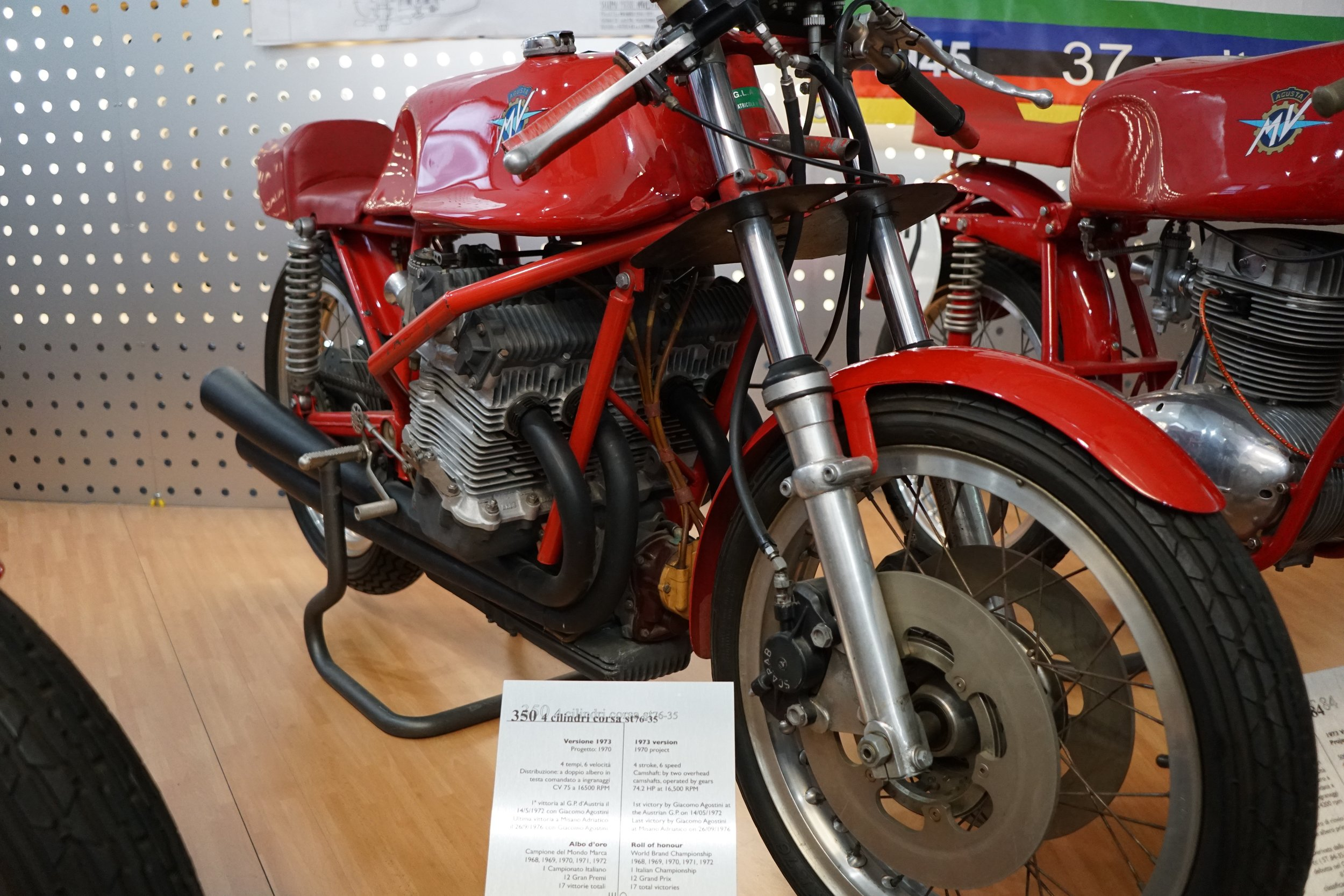 '73 350-4 ST76-35 – This 350cc four-cylinder machine is of the type raced by Giacomo Agostini from 1972-'76. DOHC, six-speeds, 74.2 hp @ 16,500 rpm. (Yes, over 200 hp/liter specific output; nearly the equal of a modern MotoGP bike!)