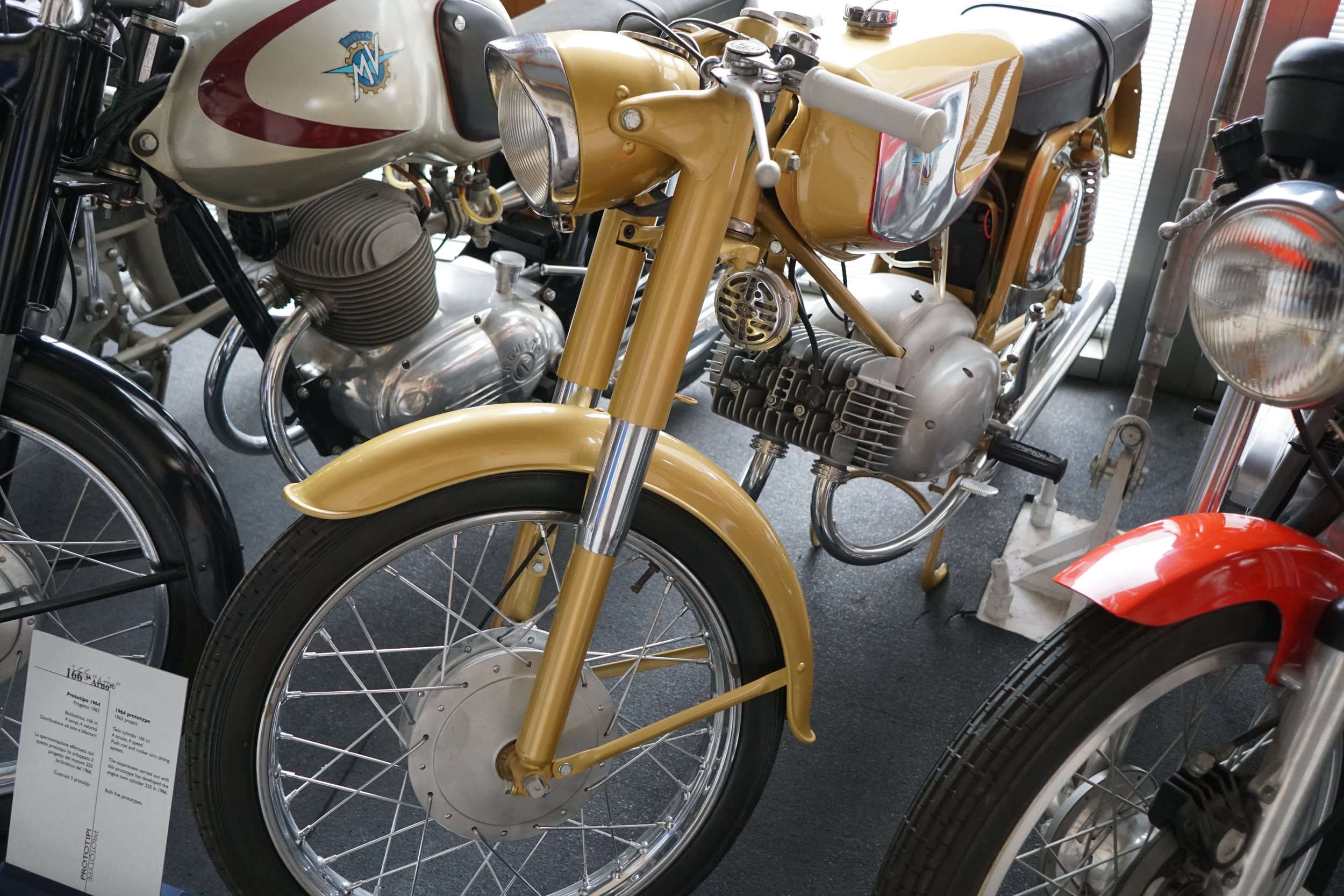 Sorry, I can't find my notes on this very stylish disc-valve two-stroke twin. IIRC, Cesare told me that the machine never had any internals; MV showed it at EICMA but didn't get enough orders to justify continued development.