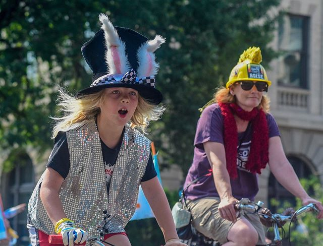 """We are getting so close to our pedal-powered parade and party on Saturday, August 3rd! Pre-parade festivities will begin at 9am in preparation for our parade launch at 11am from the Capitol steps. After, we will be celebrating in the park with Boise favorites including Afrosonics, Lounge On Fire, Celeste Bolin (The Dance Commander and Dance Battle leader) and lots of bicycle related activities for the whole family including a youth-focused """"Nutlet Patch"""" brought to you by our friends at One Stone and The Glitter Projects! Plan on playing in the park with us all the way until 5pm🚲 . . . . #thisisboise#boiseevents#nutlets#boisegoatheadfest#boisebucketlist#bikeparade"""