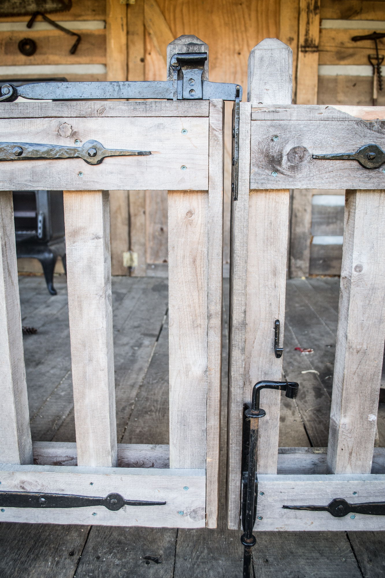 The gate hardware set consists of 4 strap hinges, a latch, and a bolt to fasten the secondary gate in place.