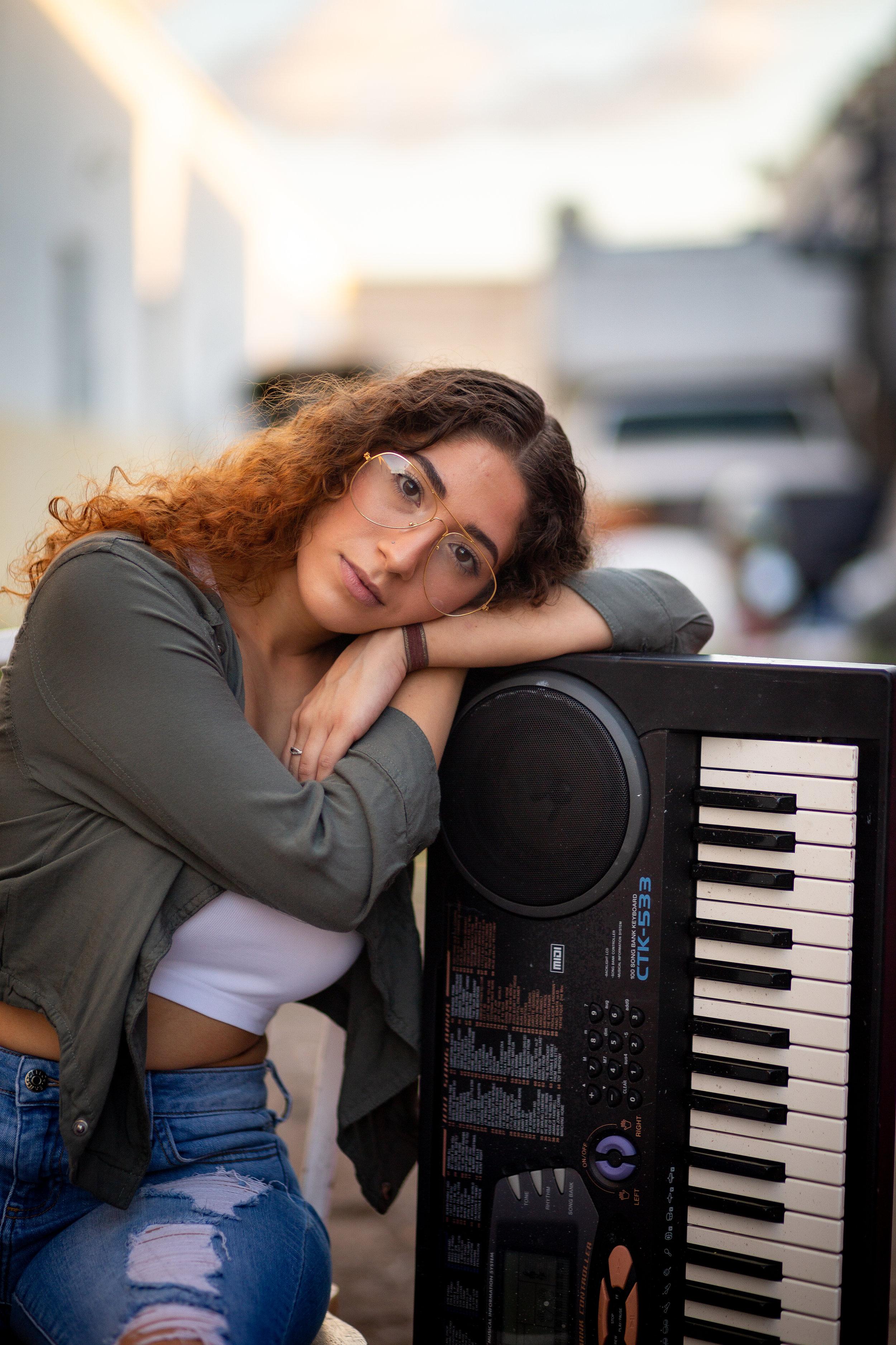 Monica Saggio in Hialeah (12 of 30).jpg