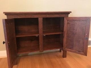 Double door Oak jelly cupboard - Two shelves inside. Doors stay closed with magnetic locks