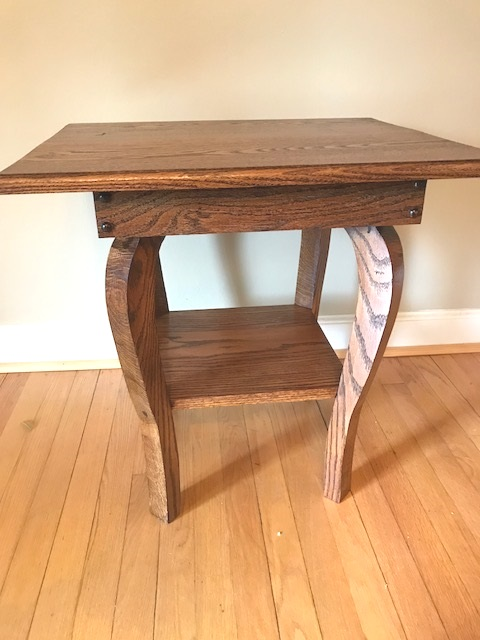 Bowlegged Oak stand - Built from Oak with a Minwax Honey stain