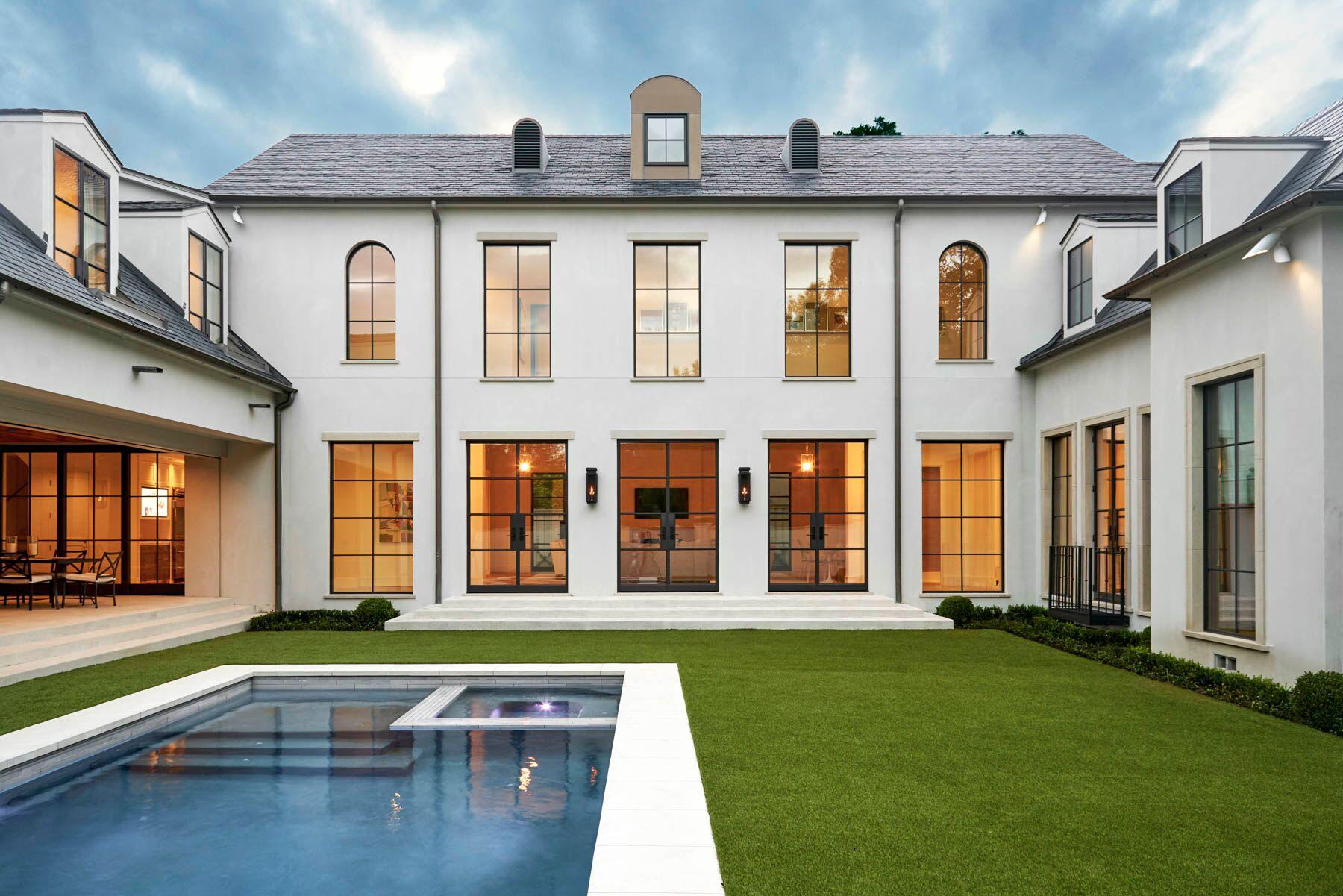 custom home artificial turf