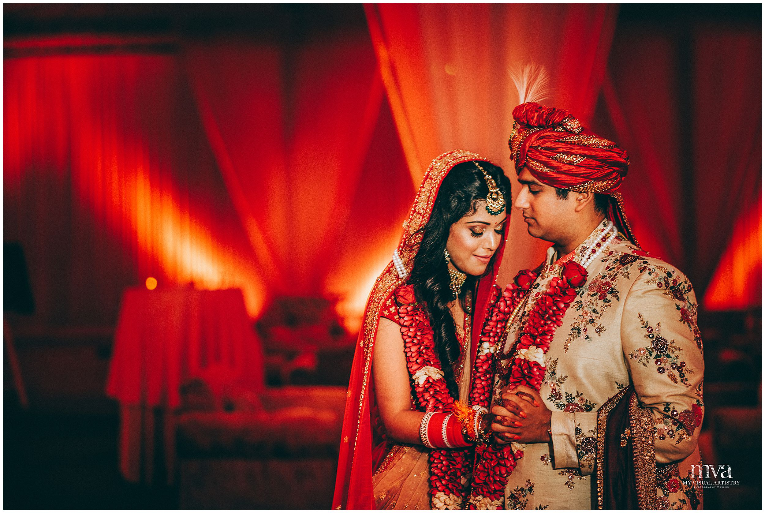 SIDDARTH_SAKSHI_MYVISUALARTISTRY_WEDDING_PHOTOGRAPHY_MVA_EROSHANGRILA_DELHI_0003.jpg