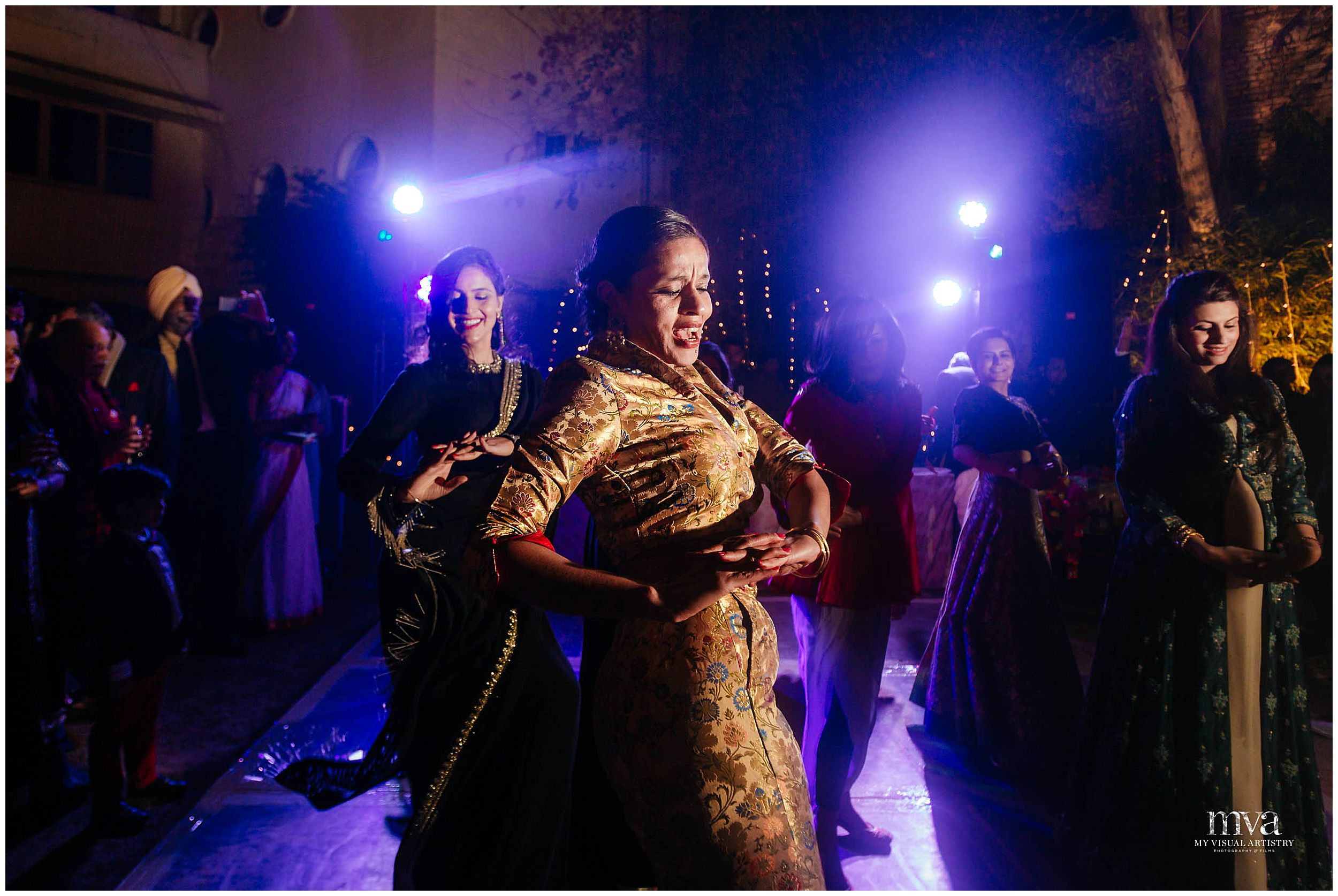 SAHIBA_KARTHIK_MYVISUALARTISTRY_WEDDING_PHOTOGRAPHY_MVA_KERALA_GURGAON_0012.jpg