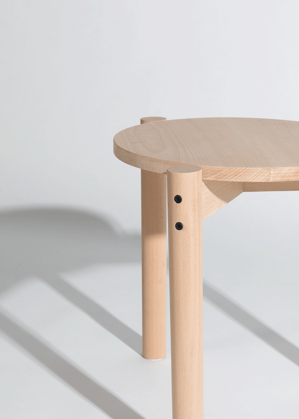Stackable-Stool_002