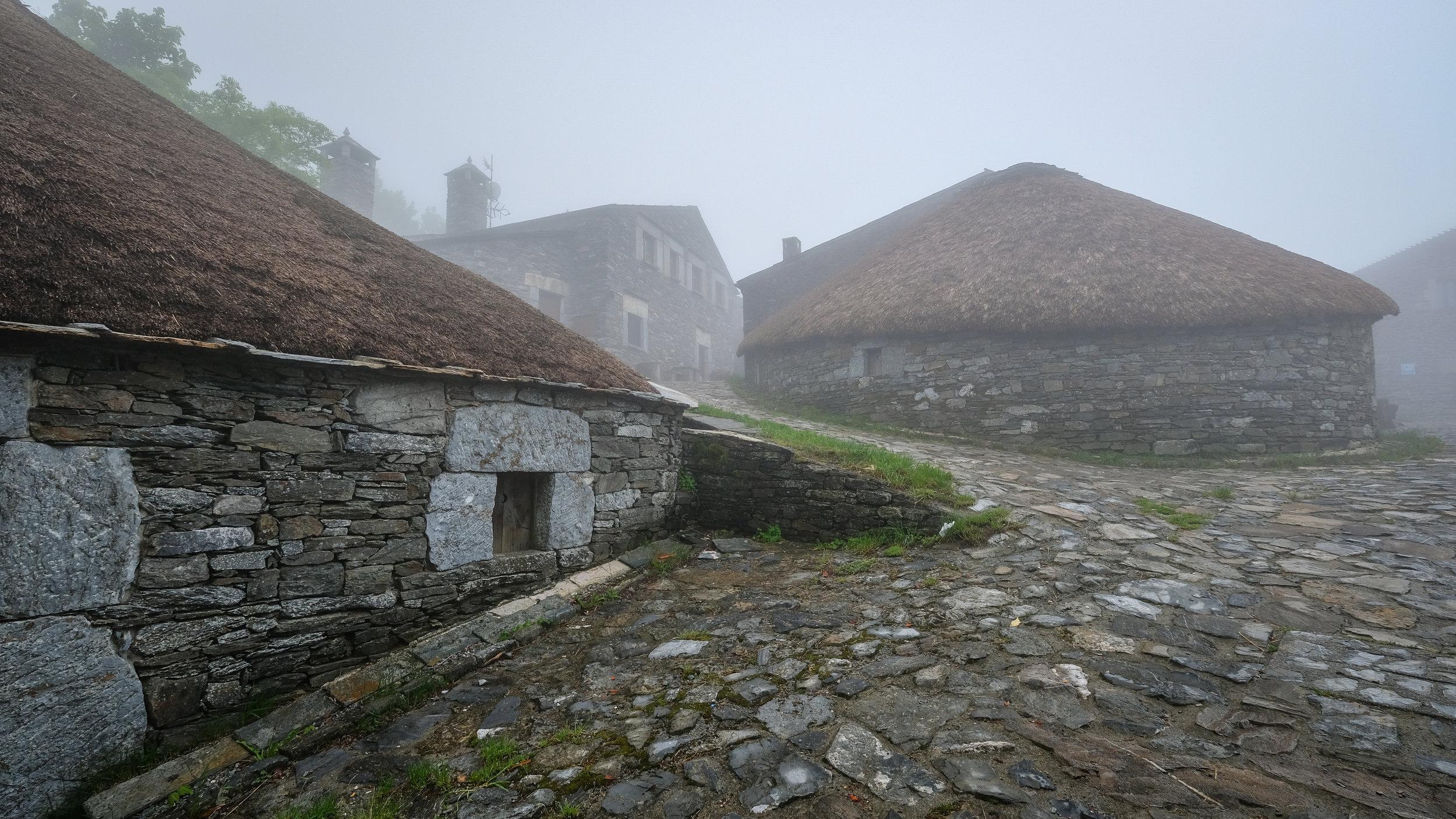 O'Cebreiro, Misty Village