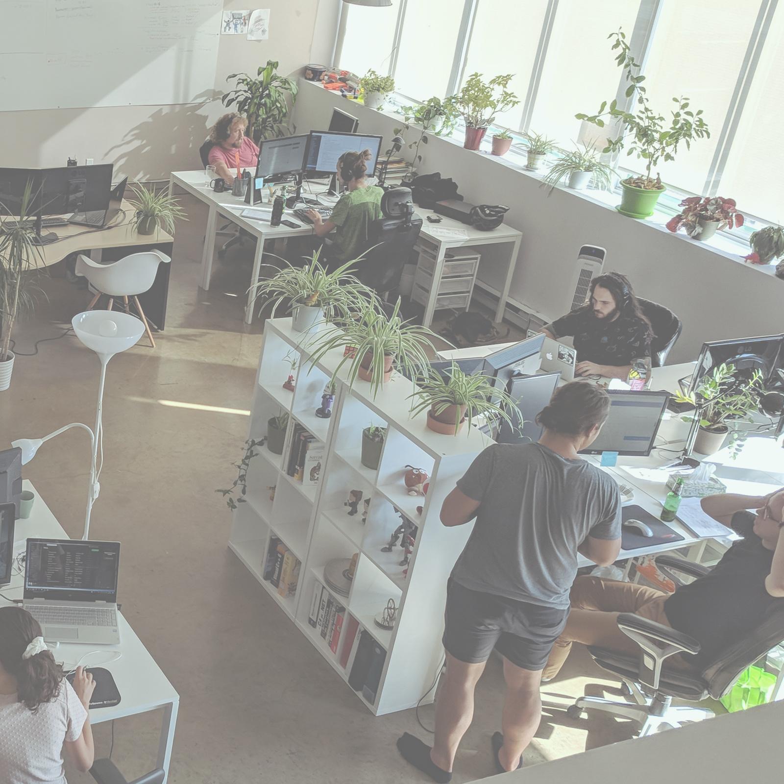 // HYDROGÈNE   -  DÉVELOPPEURS  Une équipe de développeurs et créateurs professionnels d'expériences numériques.