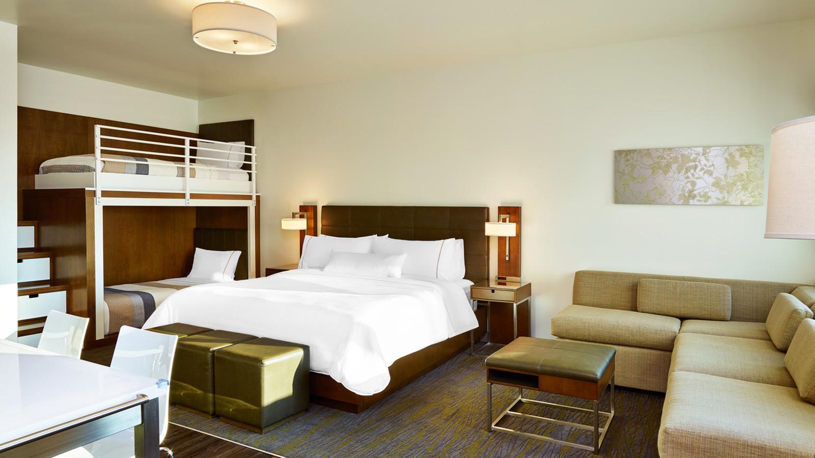 Element Hotel 4.jpg