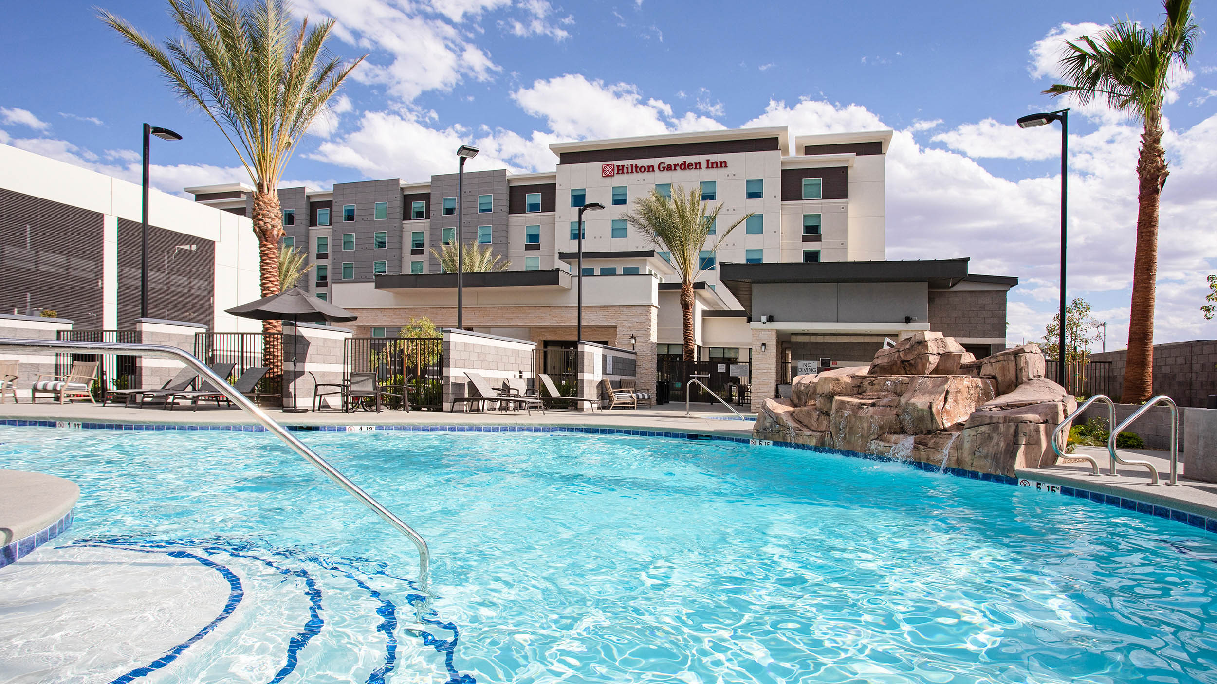 LASLGGI Hilton Garden Inn Las Vegas Pool 2500.jpg