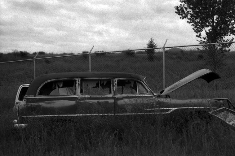 Broken Wagon 001.jpg