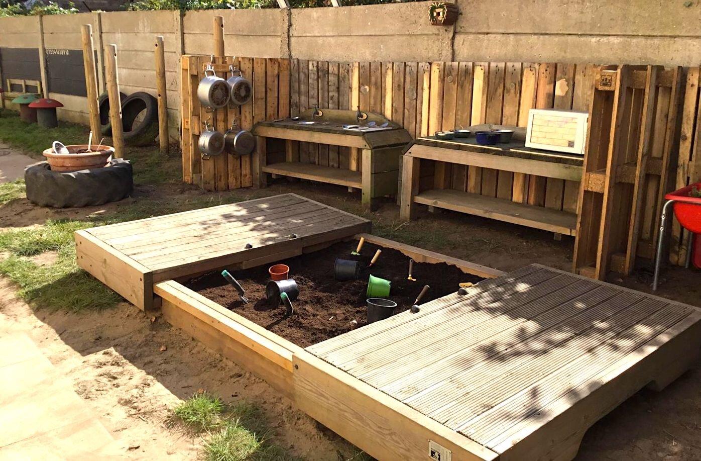 Back garden 4.jpg