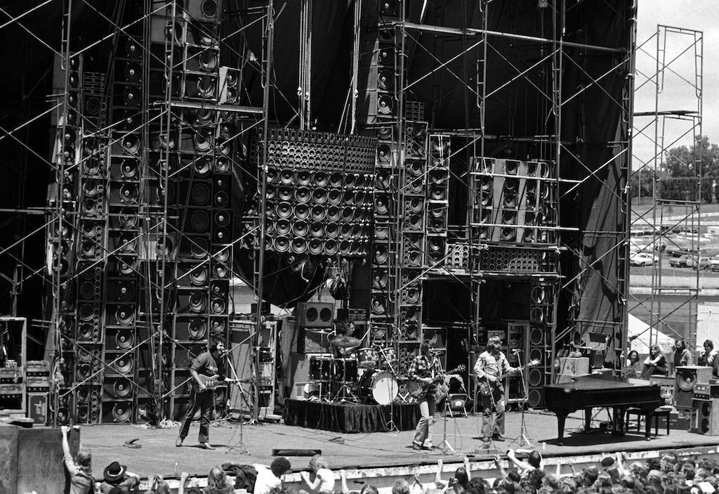 // Photo: Kirk West | The Wall of Sound 1974