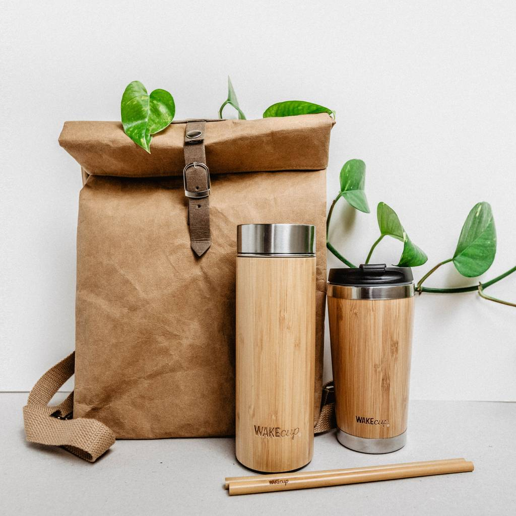 WAKECUP ZERO WASTE GIFTSET £55 - Who doesn't love a gift set?! This one is by far one of the best out there right now. It saves the buyer £25 compared to buying all these bits separately. Best part is, this collection of goodies is ready to use.90% of single use plastic comes from one of the 'Big 4', coffee cups, straws, water bottles and plastic bags. This gift will help your loved ones make the transition in style.This gift set is available on Not on the Highstreet. I love doing my present shopping here because it supports independent brands and artisans.