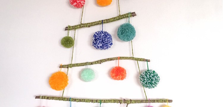 This is a really chic alternative to a Christmas tree, especially if you have pets or have limited space for a big tree!