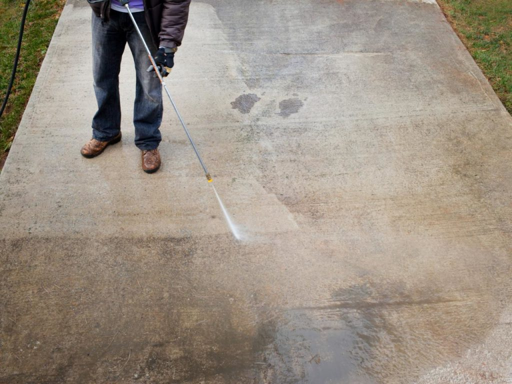 Pressure washing.jpeg