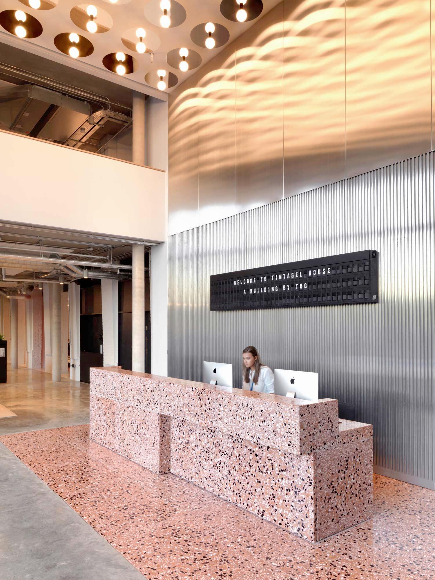 Tintagel House by Unversal Design Studio