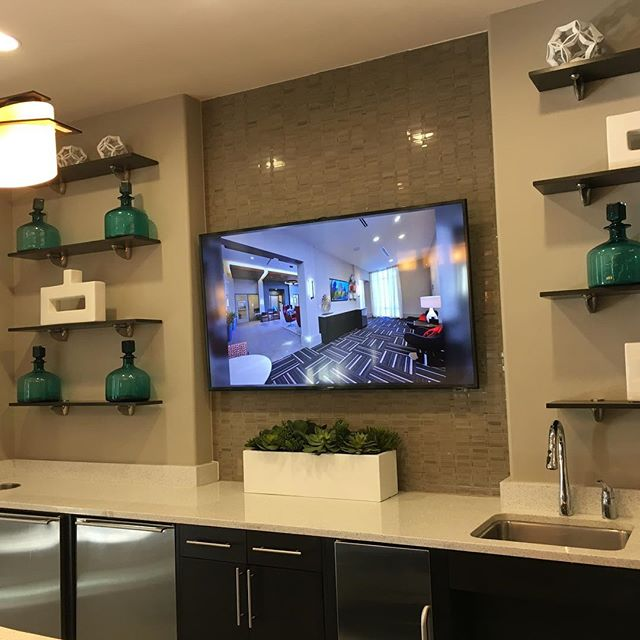 #tvinstallation #makeup #houston #dallas #fortworth #sugarlandtx  visit www.tvmountit.com  Click on change location if in other city's