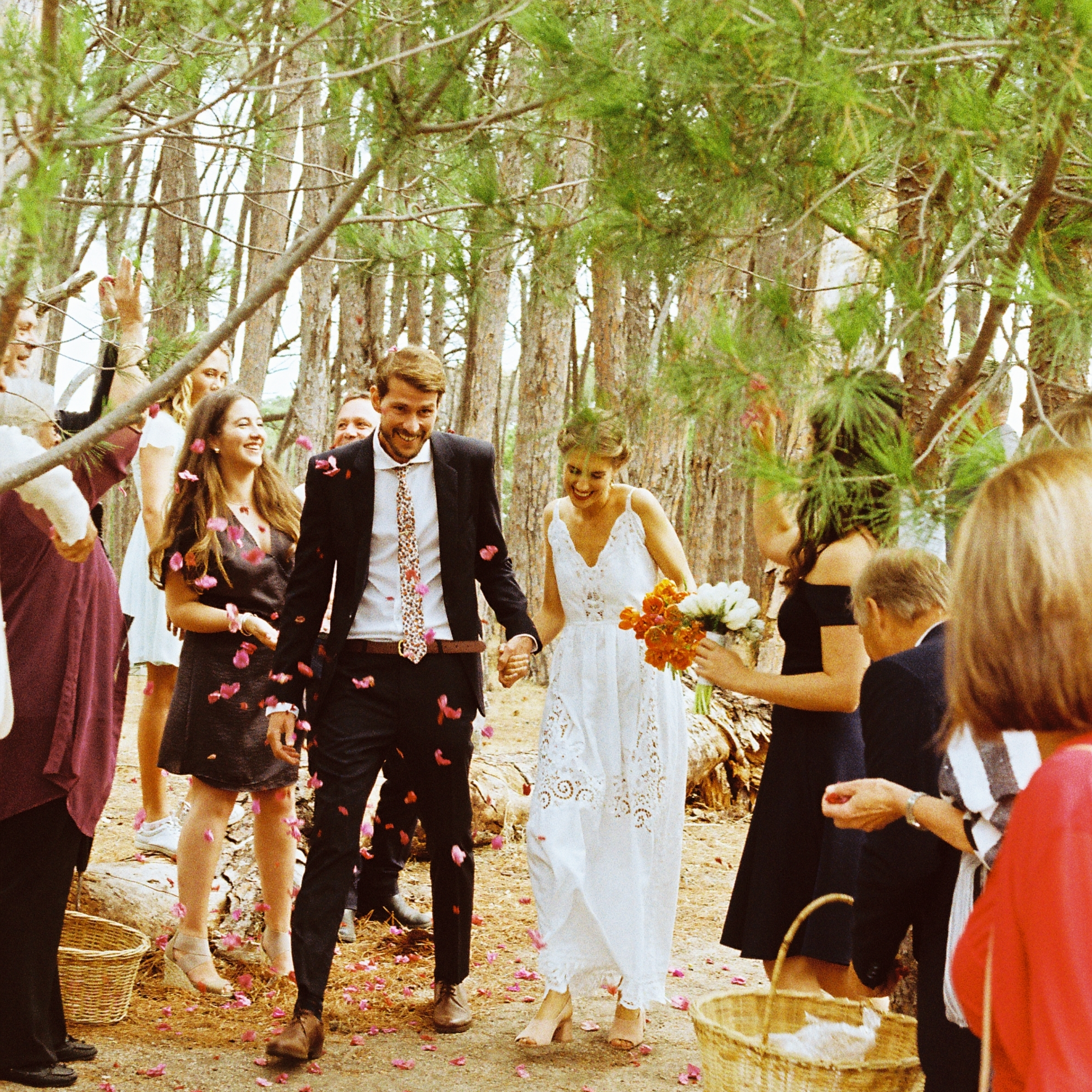 Robyn & BennetPhoto: Ane StrydomVenue: Winery Road Forest -