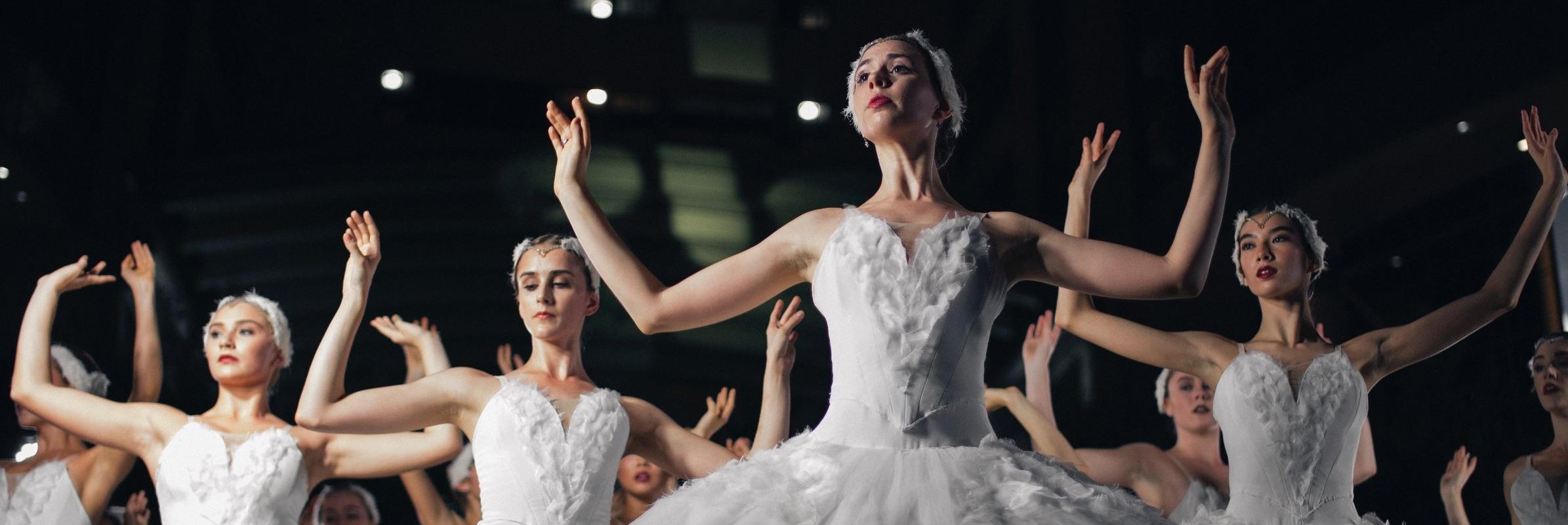Dance Studio - Lorem ipsum dolor sit amet