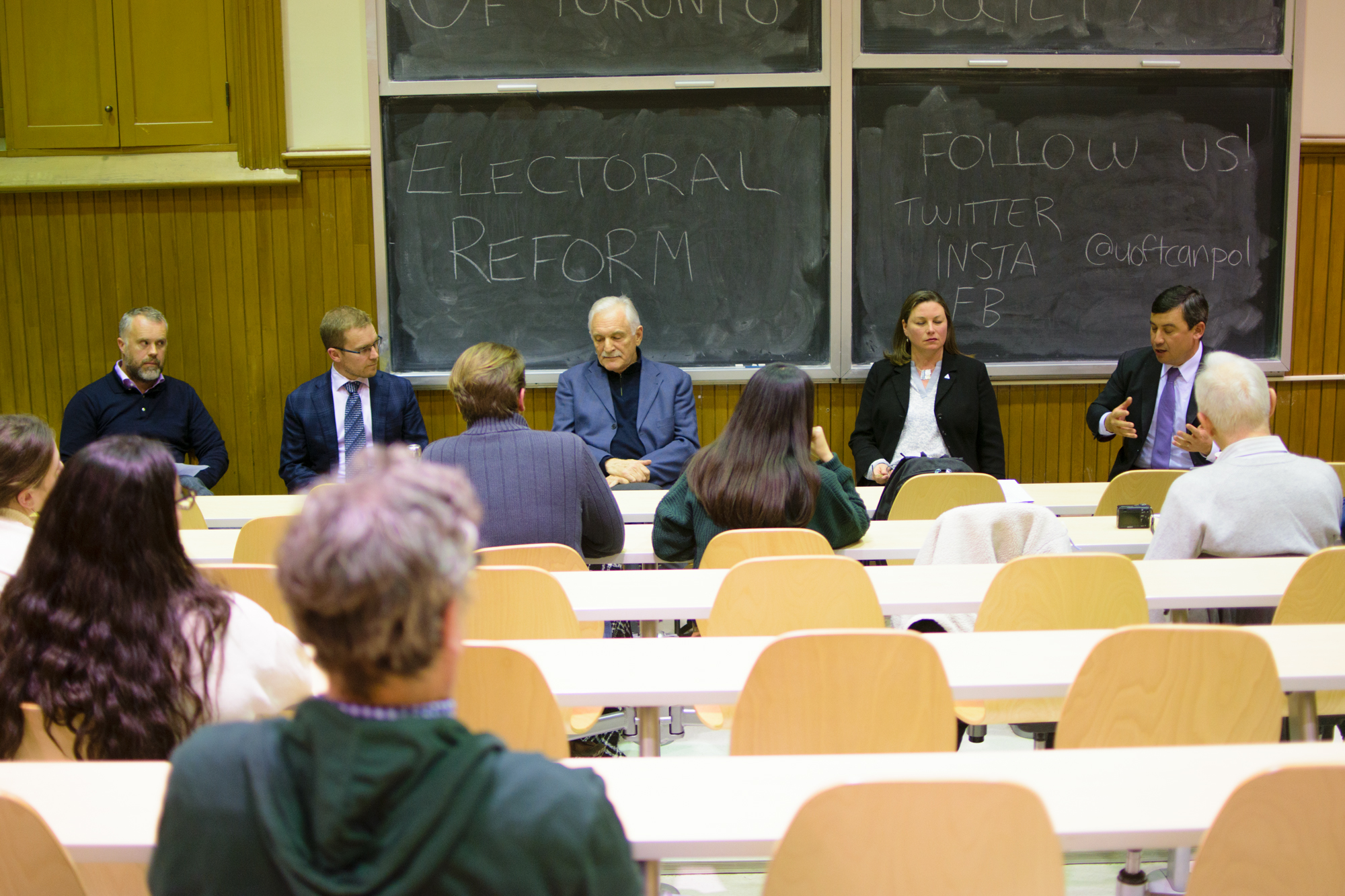 - Academic PanelsThroughout the year, we hold a variety of panels on a multitude of Canadian politics issues. Some of our previous topics include politics in WWI, electoral reform, and women of colour in politics.