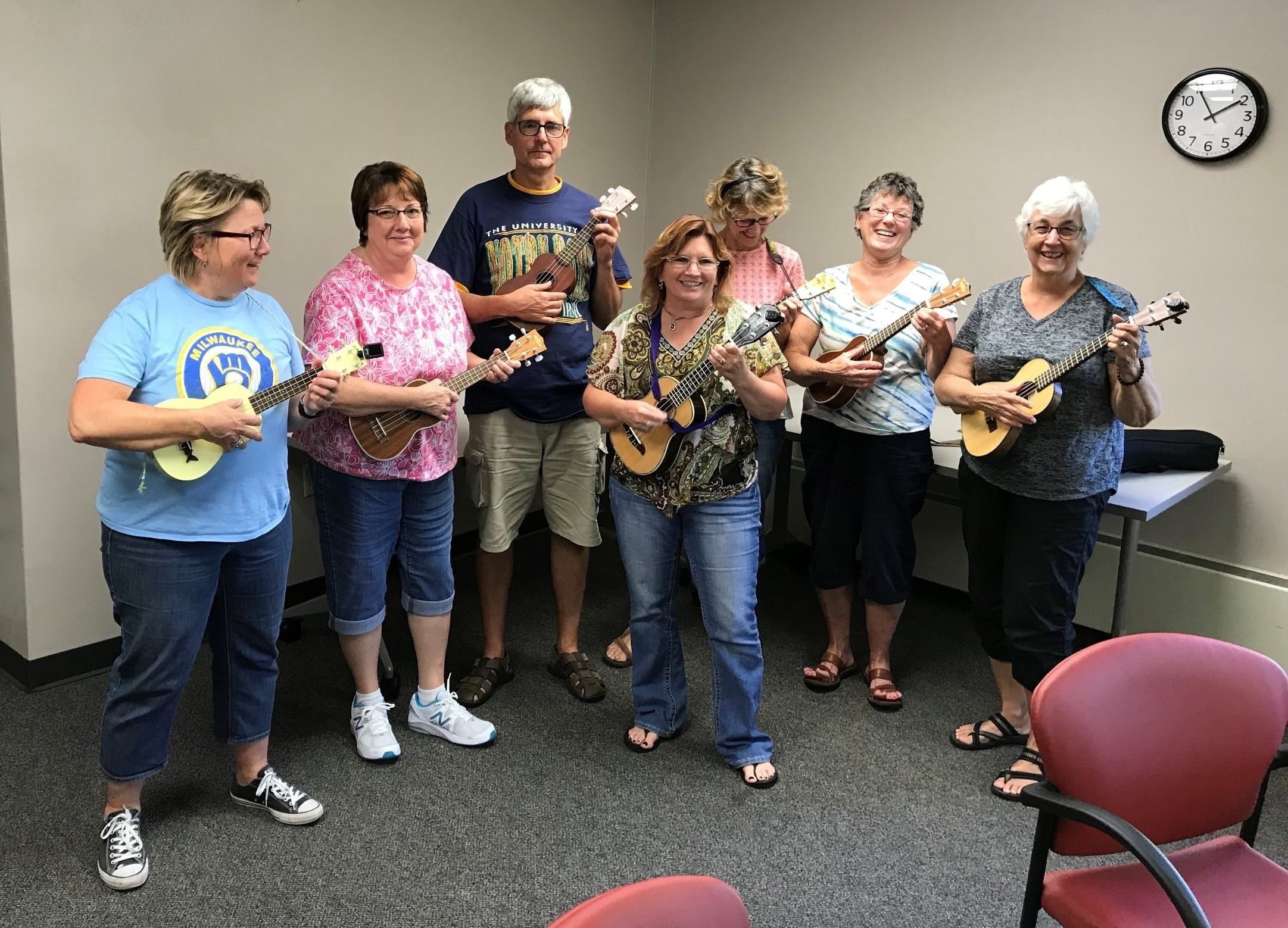 The Yahara Strummers