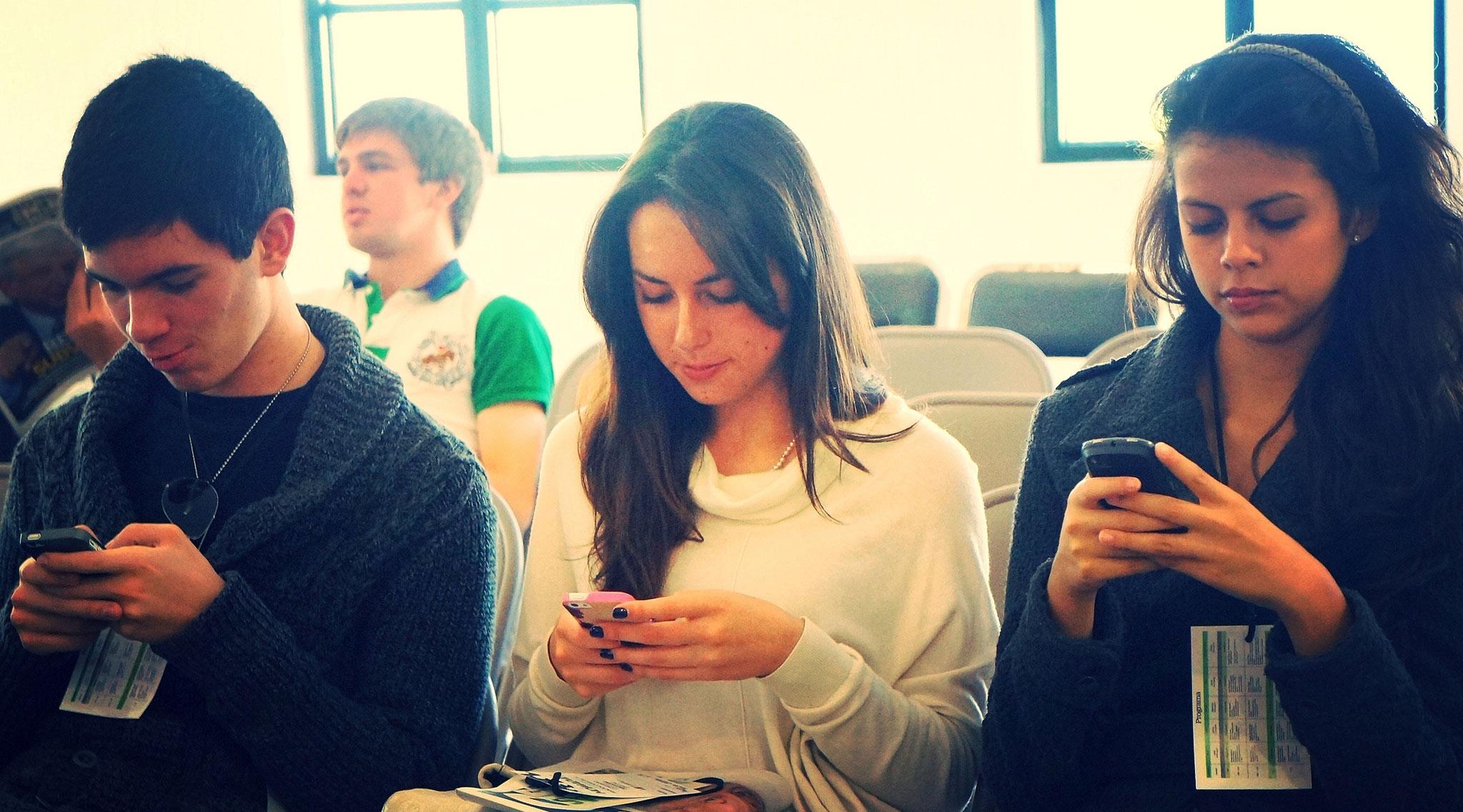 mobile-use.jpg