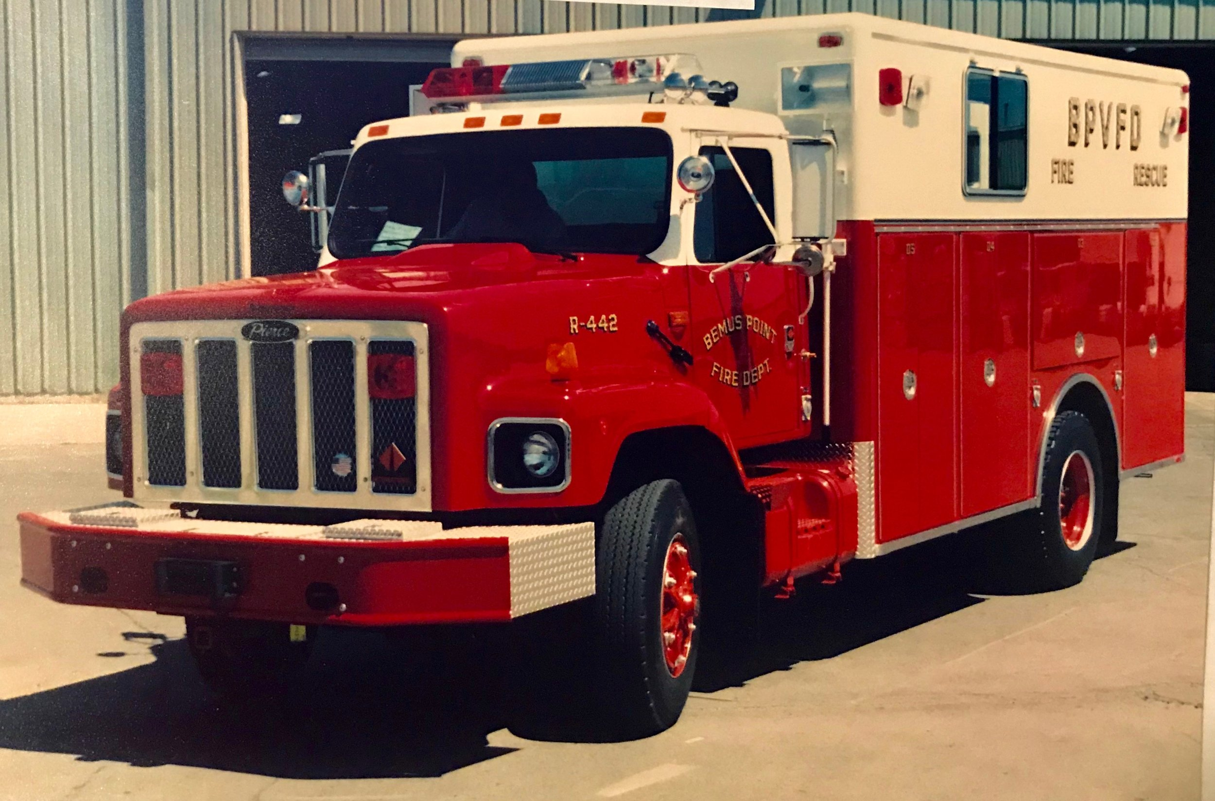 - 1991 International / Pierce Heavy Rescue R-442 Self-contained equipment carrying truck with onboard generator. Powered by a Cummins L-10 279 HP engine, it replaced the 1973 panel van.In service