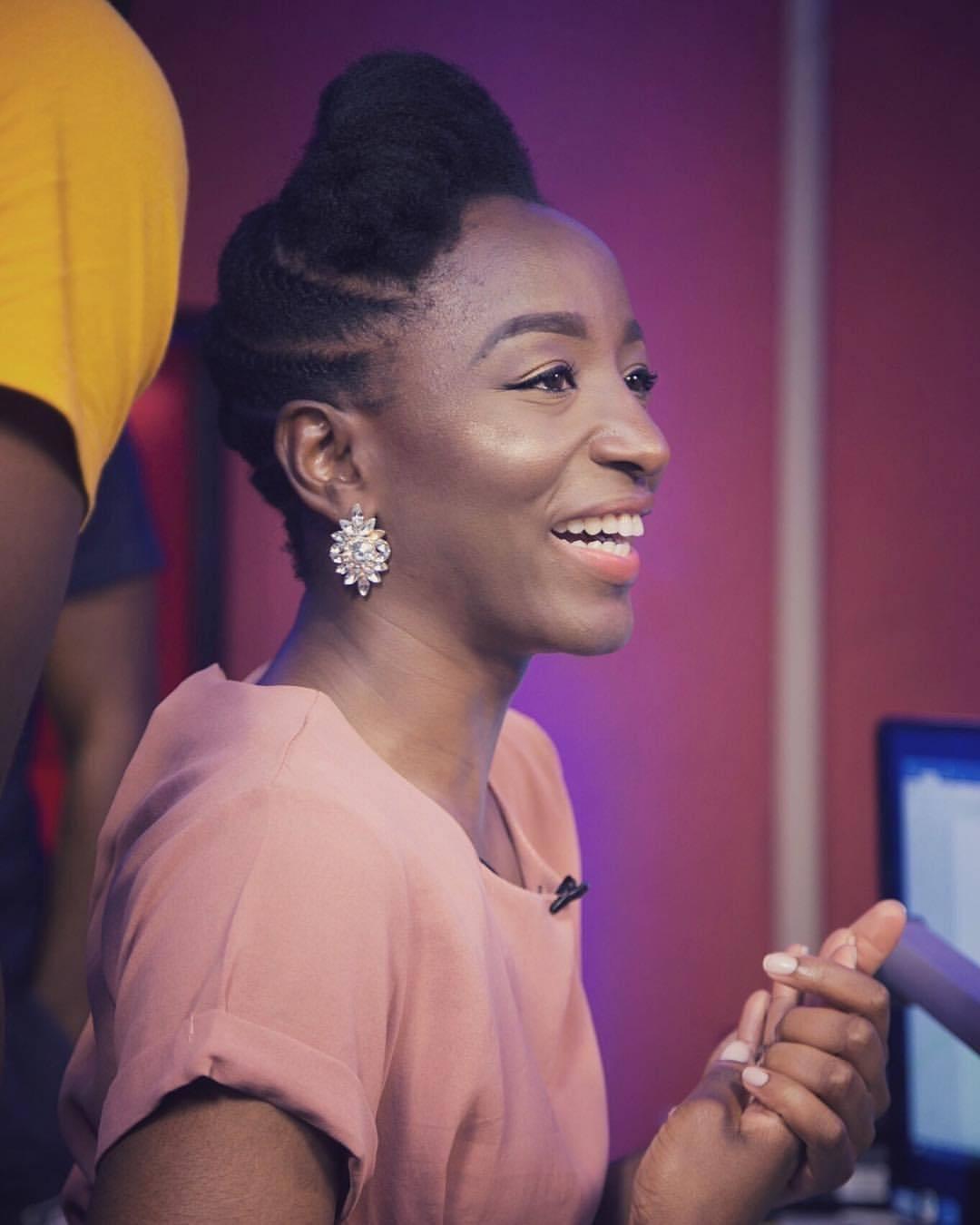 Brands a make her smile.   .  @harvellastyles x @bronzypro x @may16thphotography x @urban96fm x @ebonylifetv   👗💄📸🎧🎬 (at Lekki, Lagos, Nigeria)