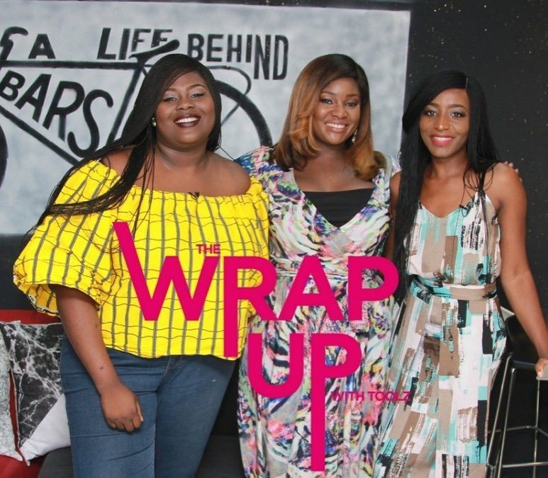 That time I popped in for a cheeky one with @toolzo and @accelerate_tv caught all the goss on camera. Eeeeeeckkk!  .  Glad to have you back on the interwebs MrsD, us cyber stalkers have missed you.  #TheWrapUp #TheWrapUpShow #TheWrapUpWithToolz  .  p.s - if @taymib asks you to play a drinking game with her, run! I'm still hungover 😎