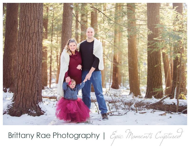 011015_Brooke-maternity-2_WEB-Maine-Wedding-and-Portrait-Photographer.jpg